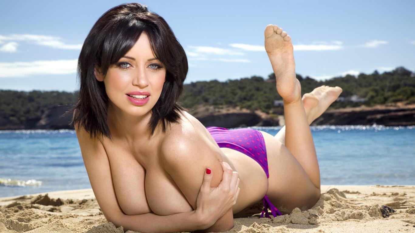 девушки на пляже с большой грудью наших ххх