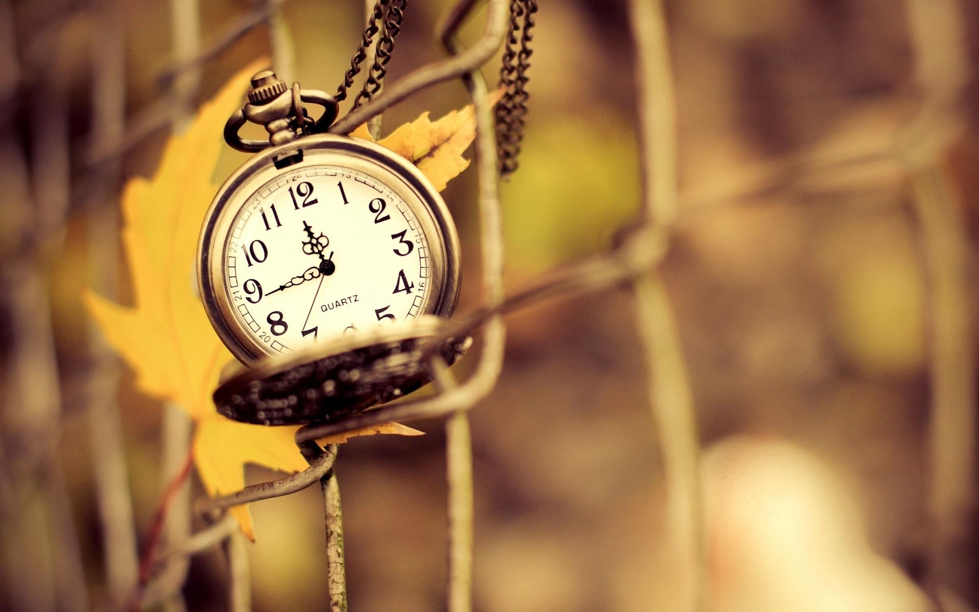Плач, картинка про время со смыслом