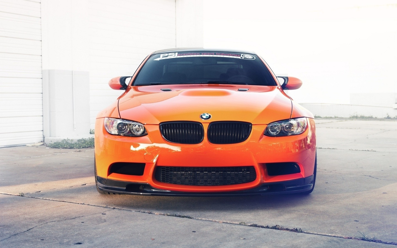 бмв, суперкар, светлый фон, оранжевый