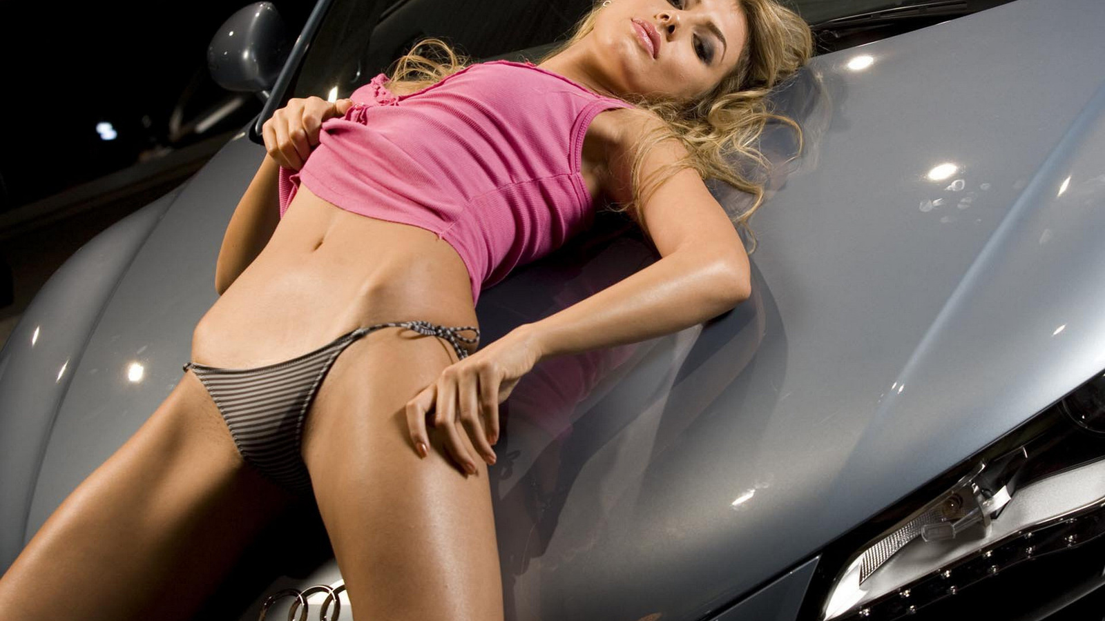 Фото пенсионеркой видео с сексуальной машиной