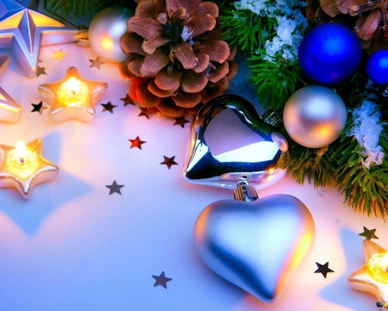 новый год, ветви елки, шишки, сердечки, звездочки