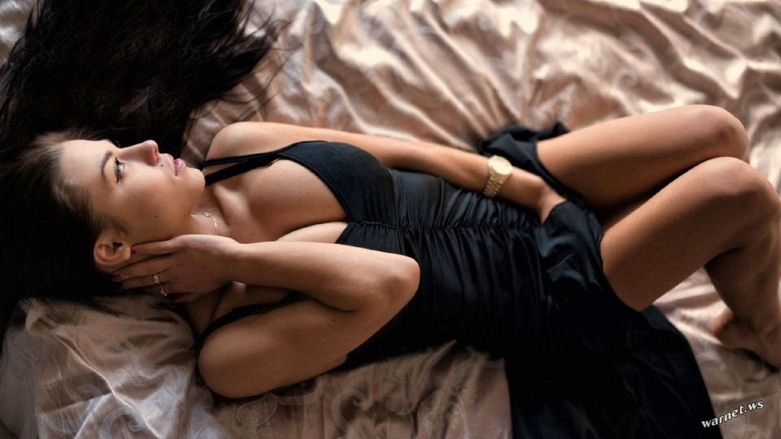 Фото с девушкой в постели, Фото красивых девушек в постели 12 фотография