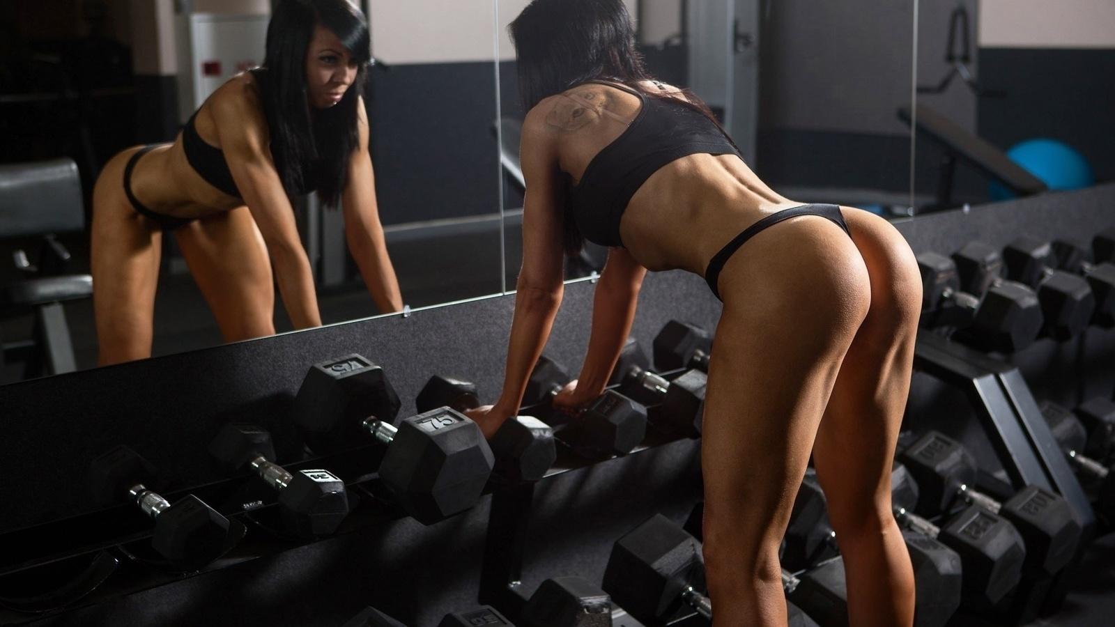 никак мог фитнес клуб и секси девушки видео стал смотреть остальных