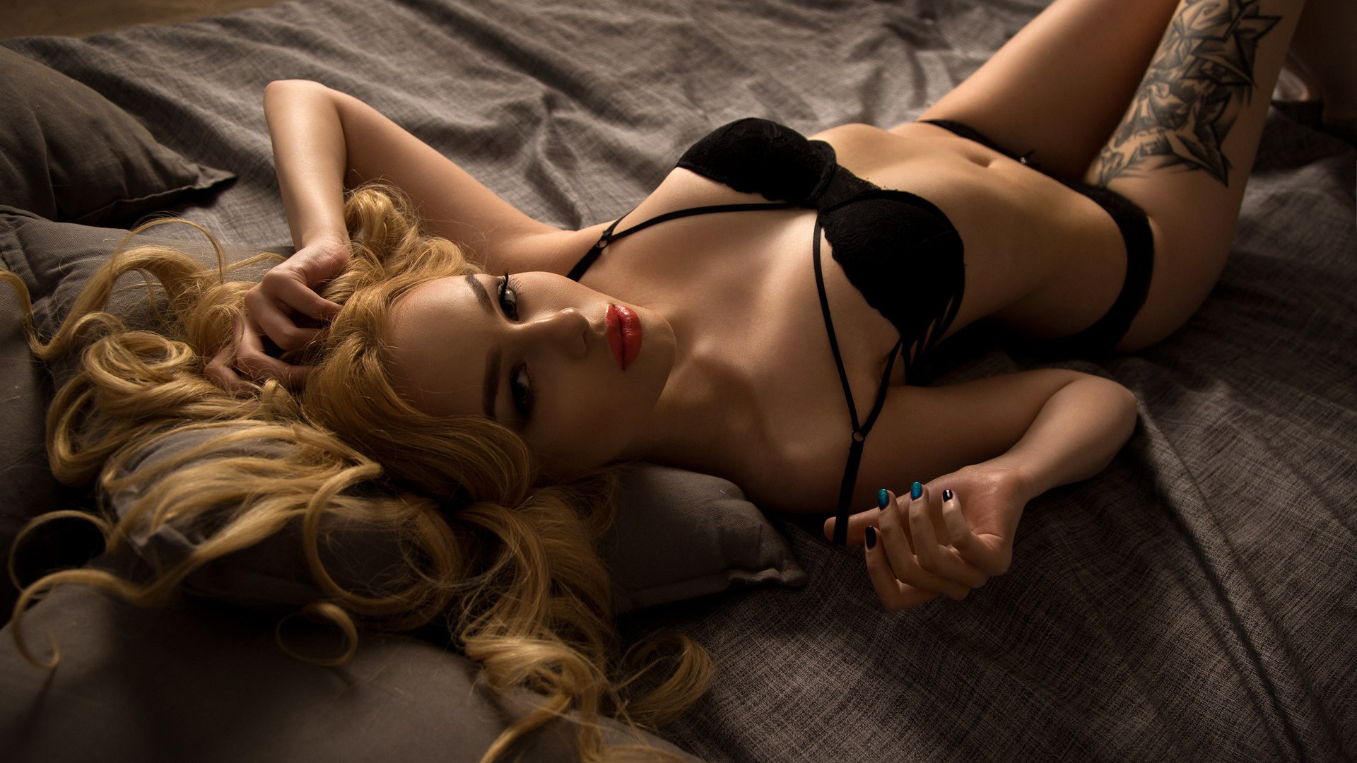 Секси эро девушки, Секси девушки - голые сексуальные девушки и секси 29 фотография