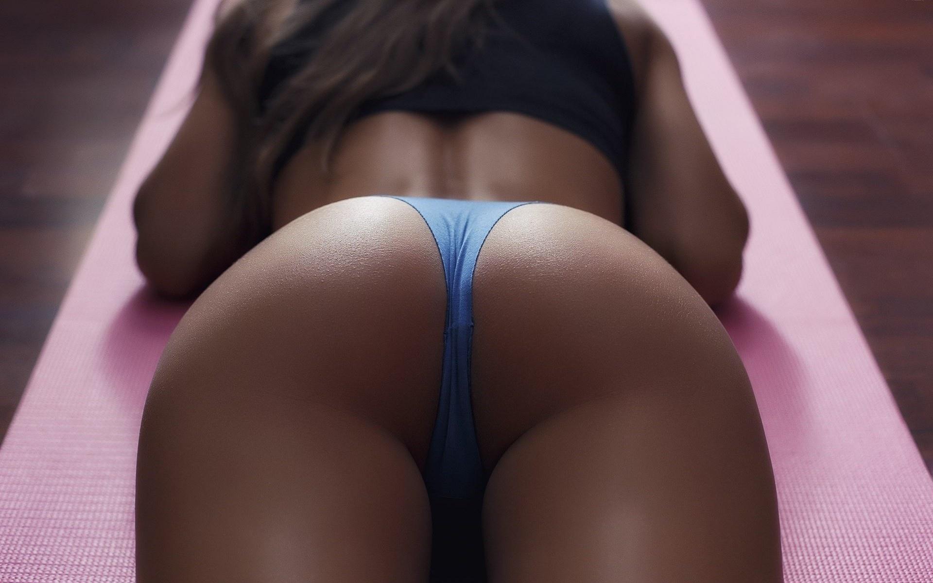 super-puper-popki-foto-porno-foto-devku-ebut-v-pizdu