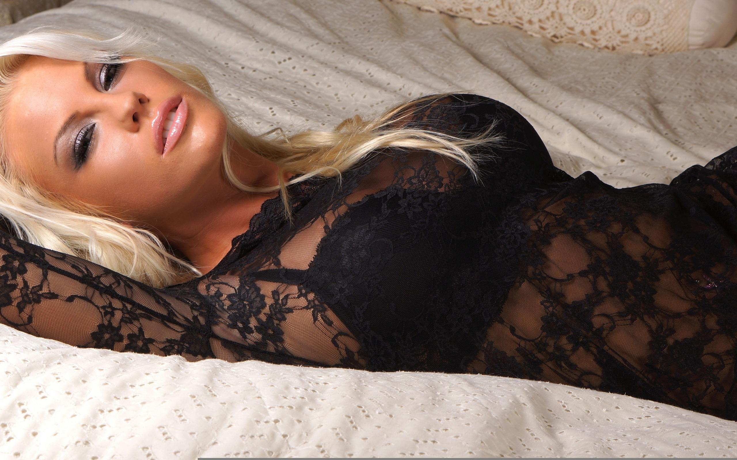 Эрофото женщин за 30, Женщинам за тридцать тоже есть что показать секс фото 23 фотография