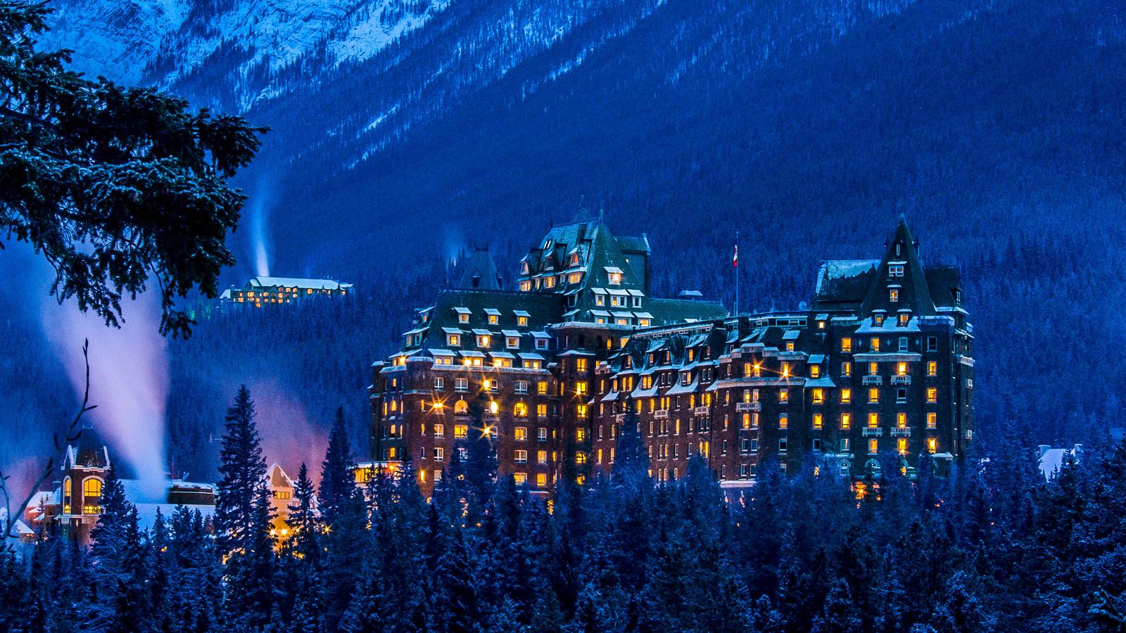 banff springs hotel, зимой, национальный парк банф, альберта, канада
