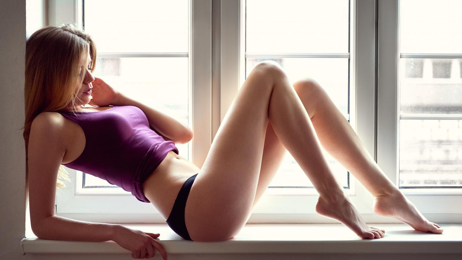 Фото девочка раздвинула попу, Девушки раздвигают попку частное фото - Частное секс 23 фотография