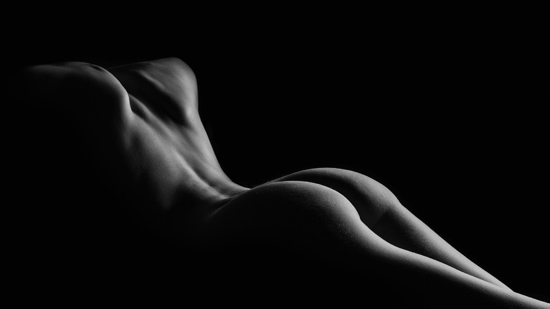 Черно белые картинки голых девушек, Черно белая эротика с голыми девушками - фото 25 фотография