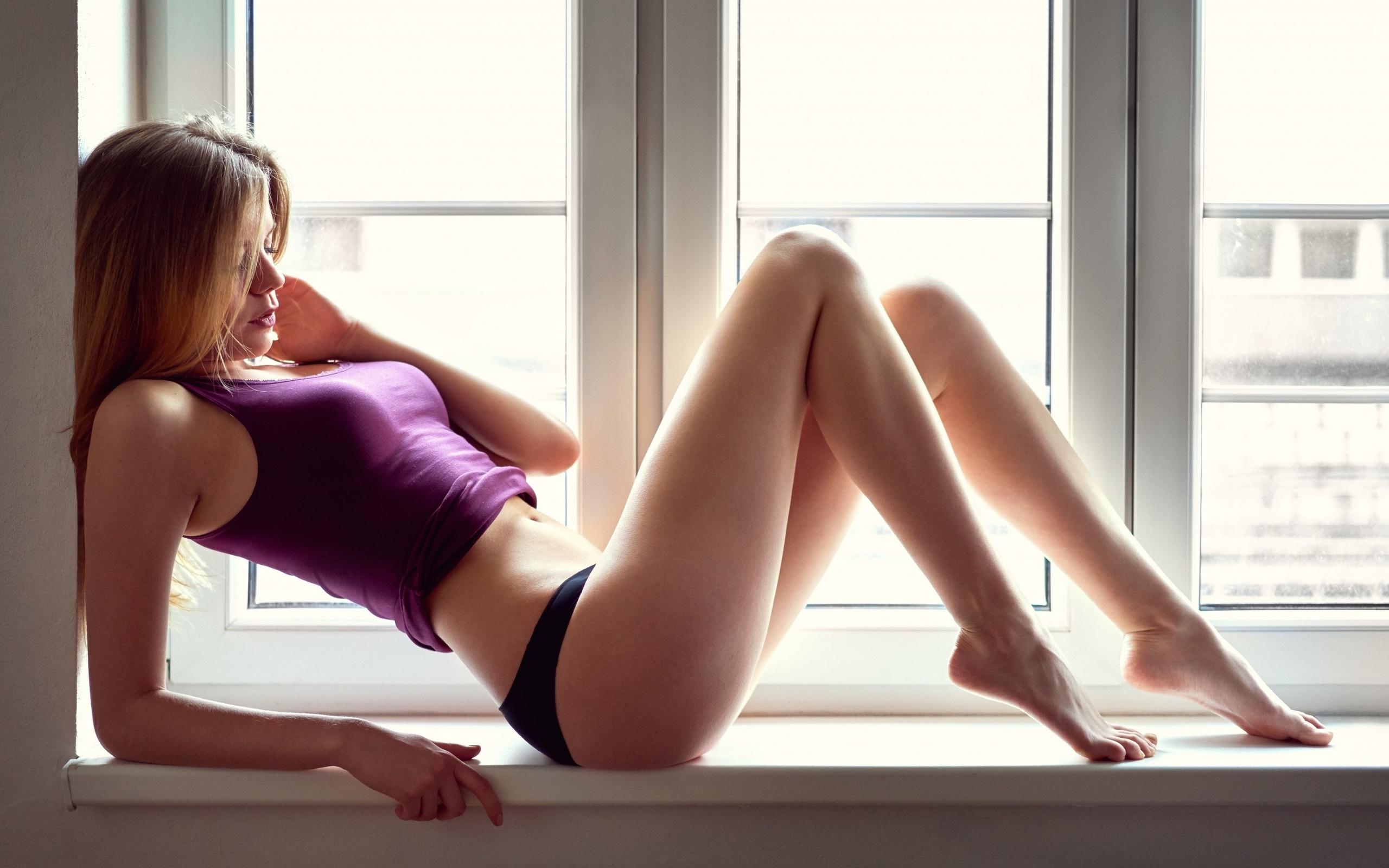 Прно девочки фото, Русская девочка показывает свою девственную щель 24 фотография