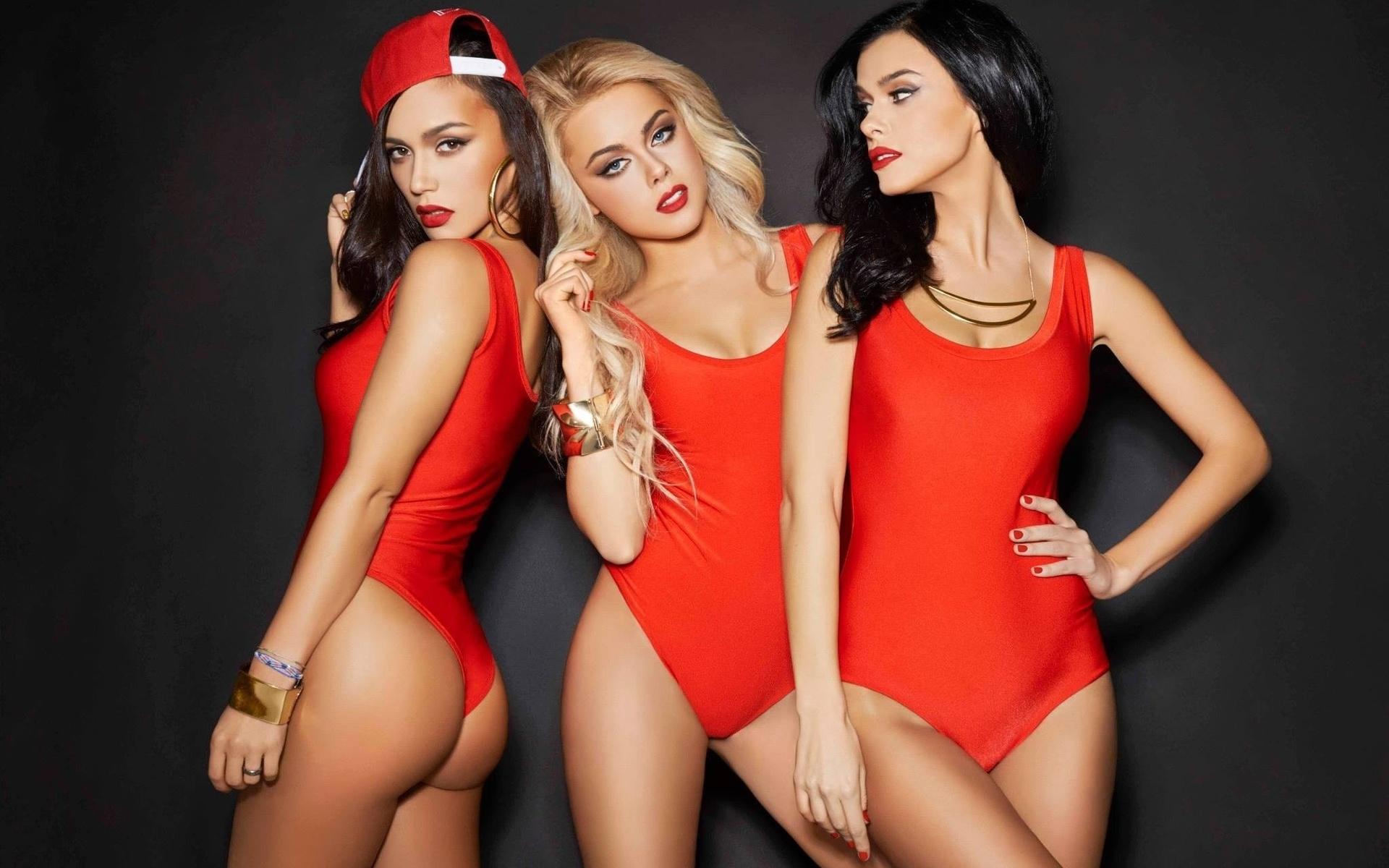 s-sexy-female-music-group-m-girls-chenille-zip