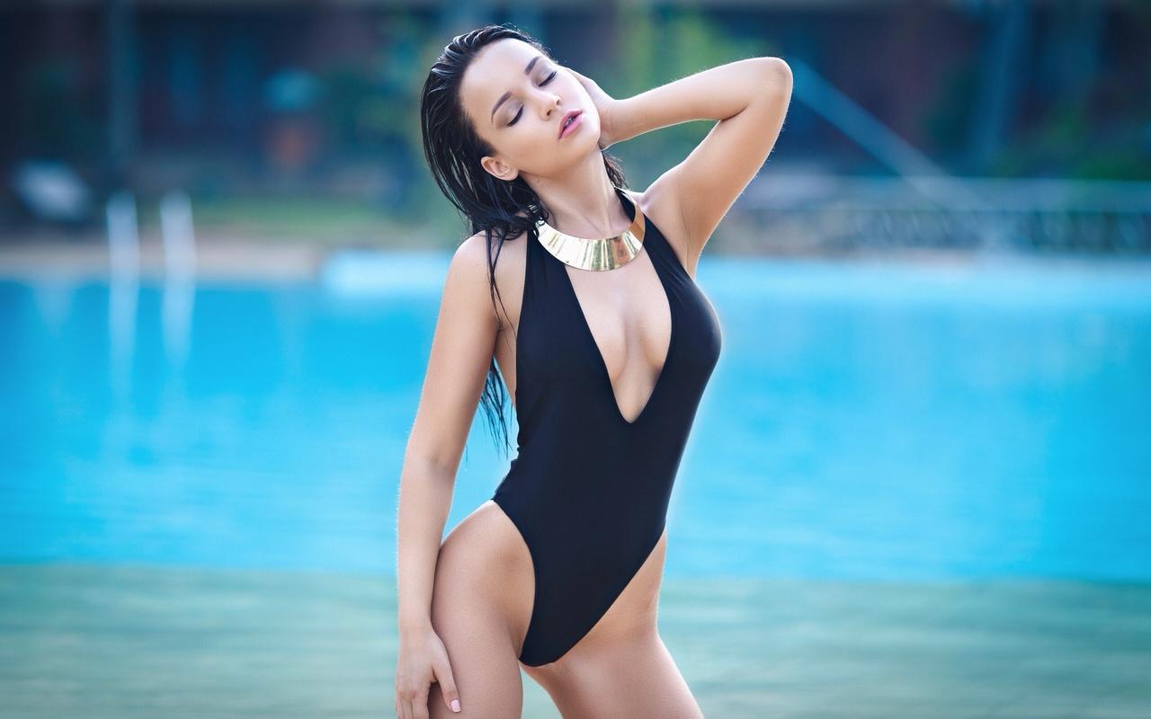 девушка, модель, фото, фигура, тело, брюнетка, angelina petrova, ангелина петрова, купальник, бассейн