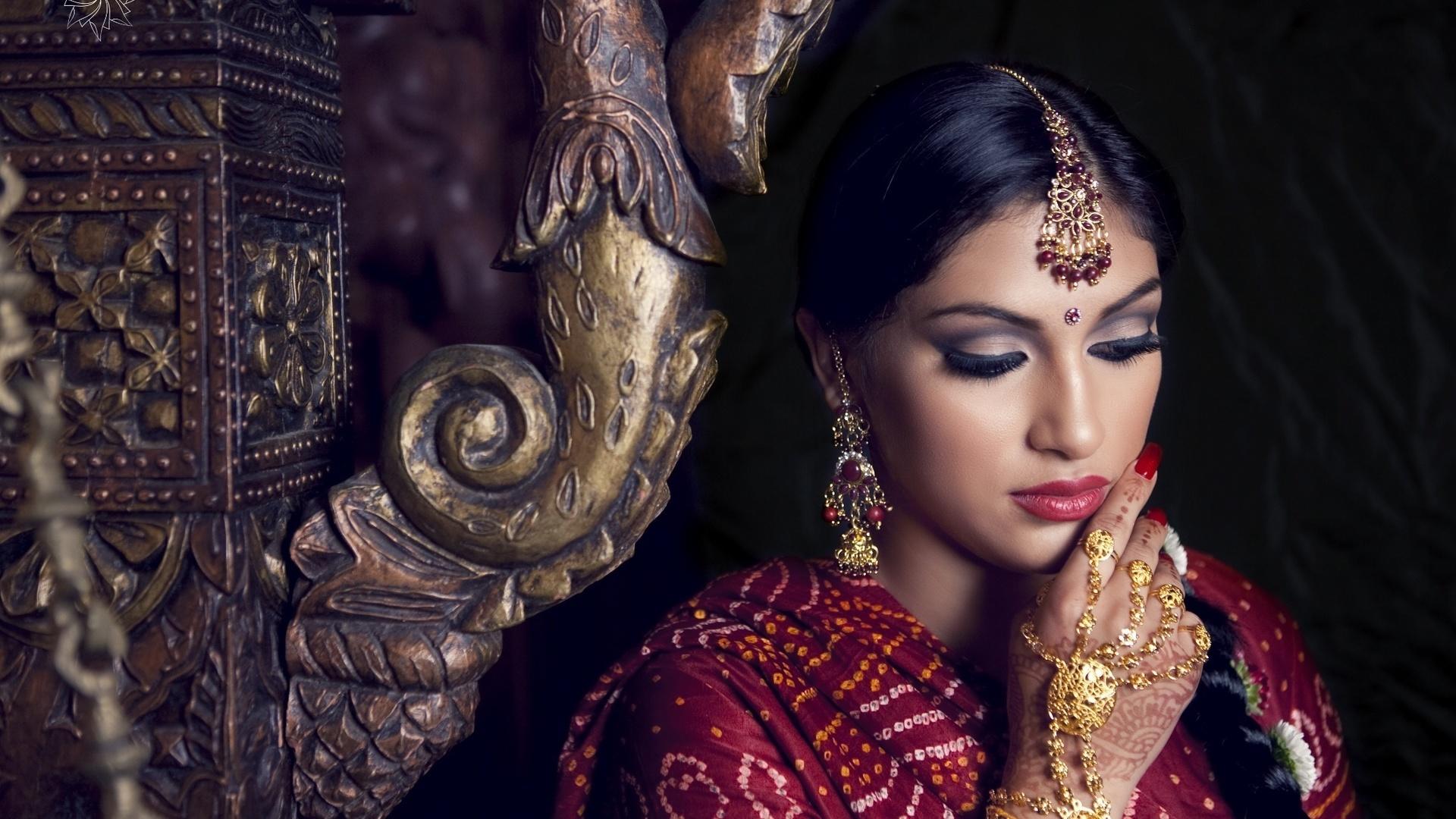 девушки широкоформатное фото индийские
