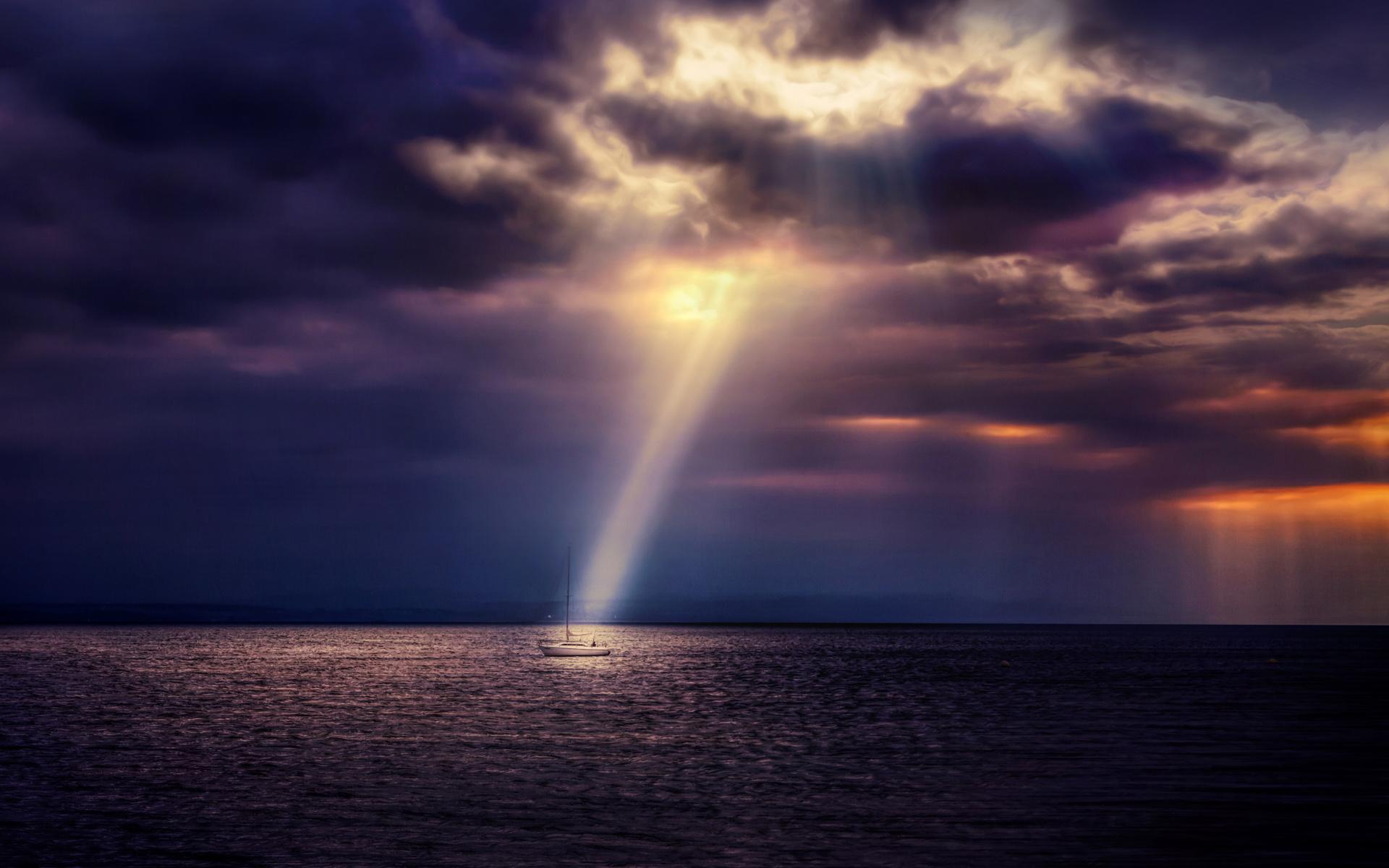 мужская, женская фото лучи солнца сквозь облака нажатии кнопки