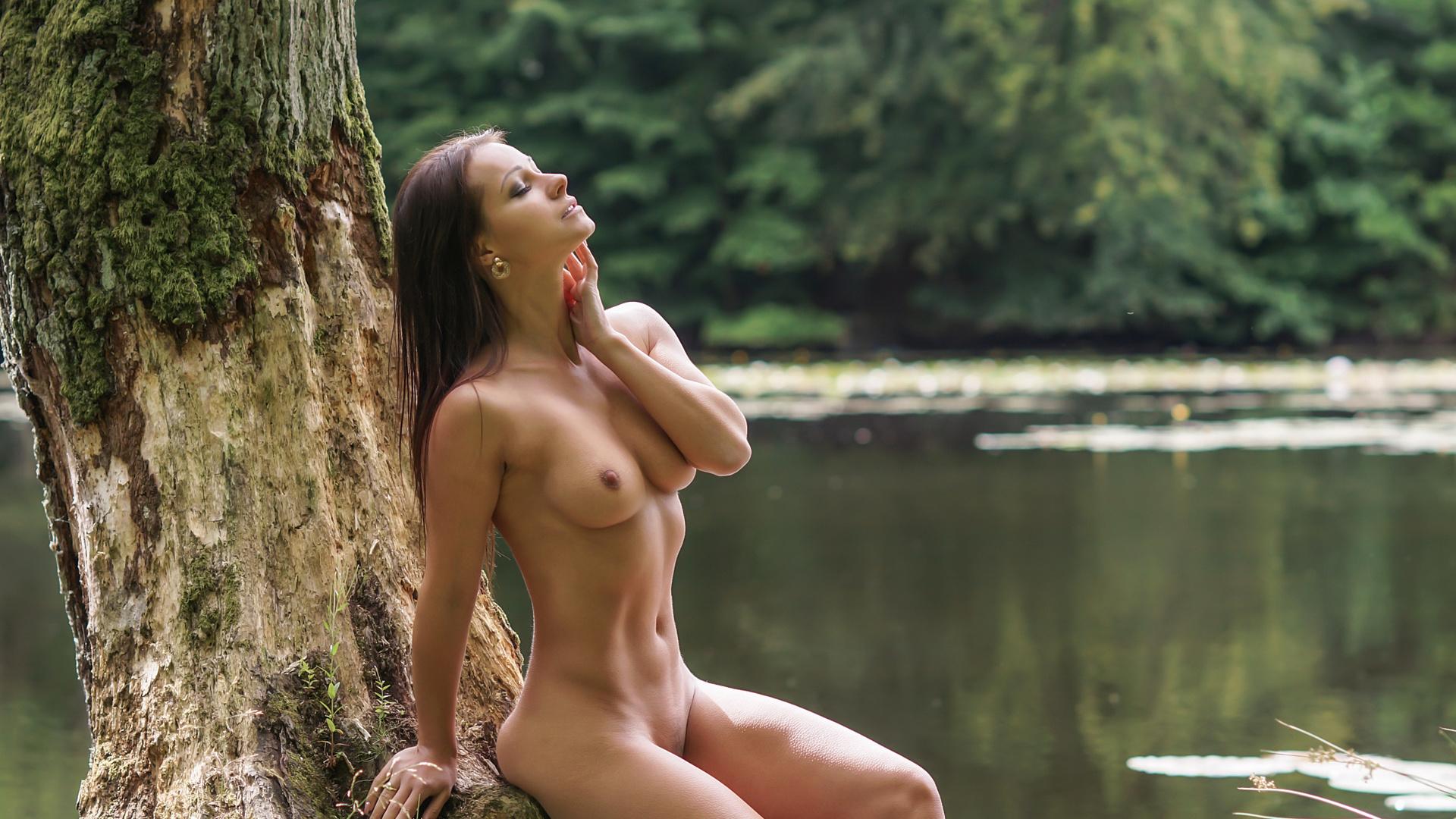 Hot maltese women nude