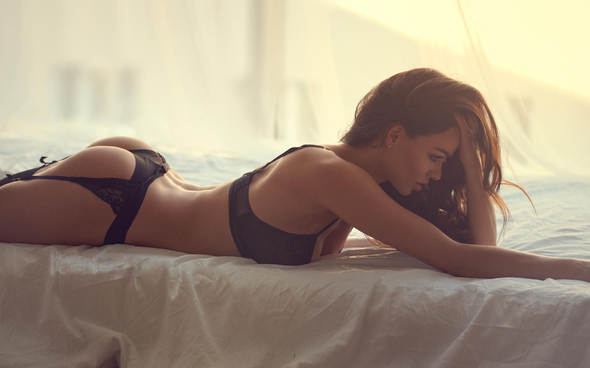 Кертц порно фото девушек в нижнем белье без пафоса видео фредди далтон