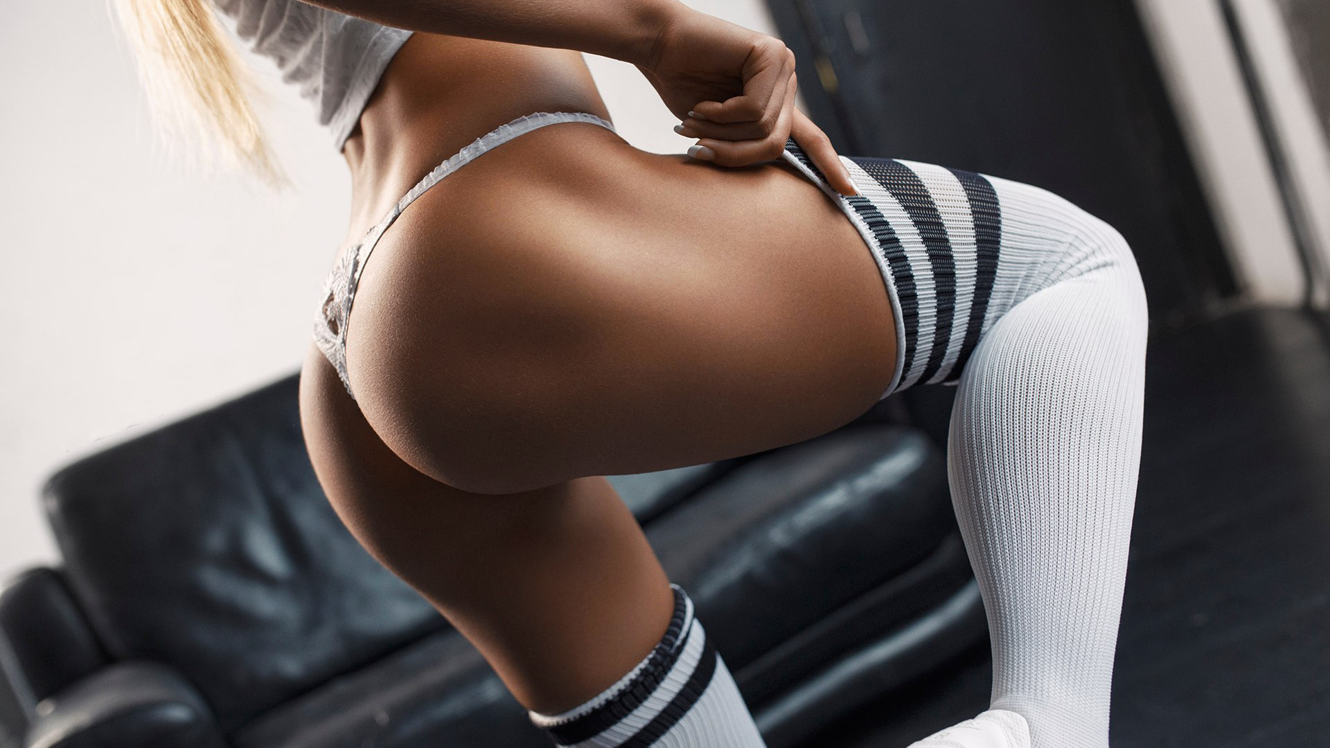 Упругие сочные попки девушек, Большие жопы, упругие задницы, попки, качественное 21 фотография