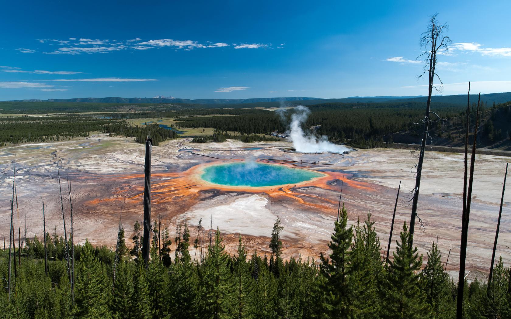 природа, озеро, горы, весна, гейзер, park, trees, national, сша, grand, yellowstone, geyser