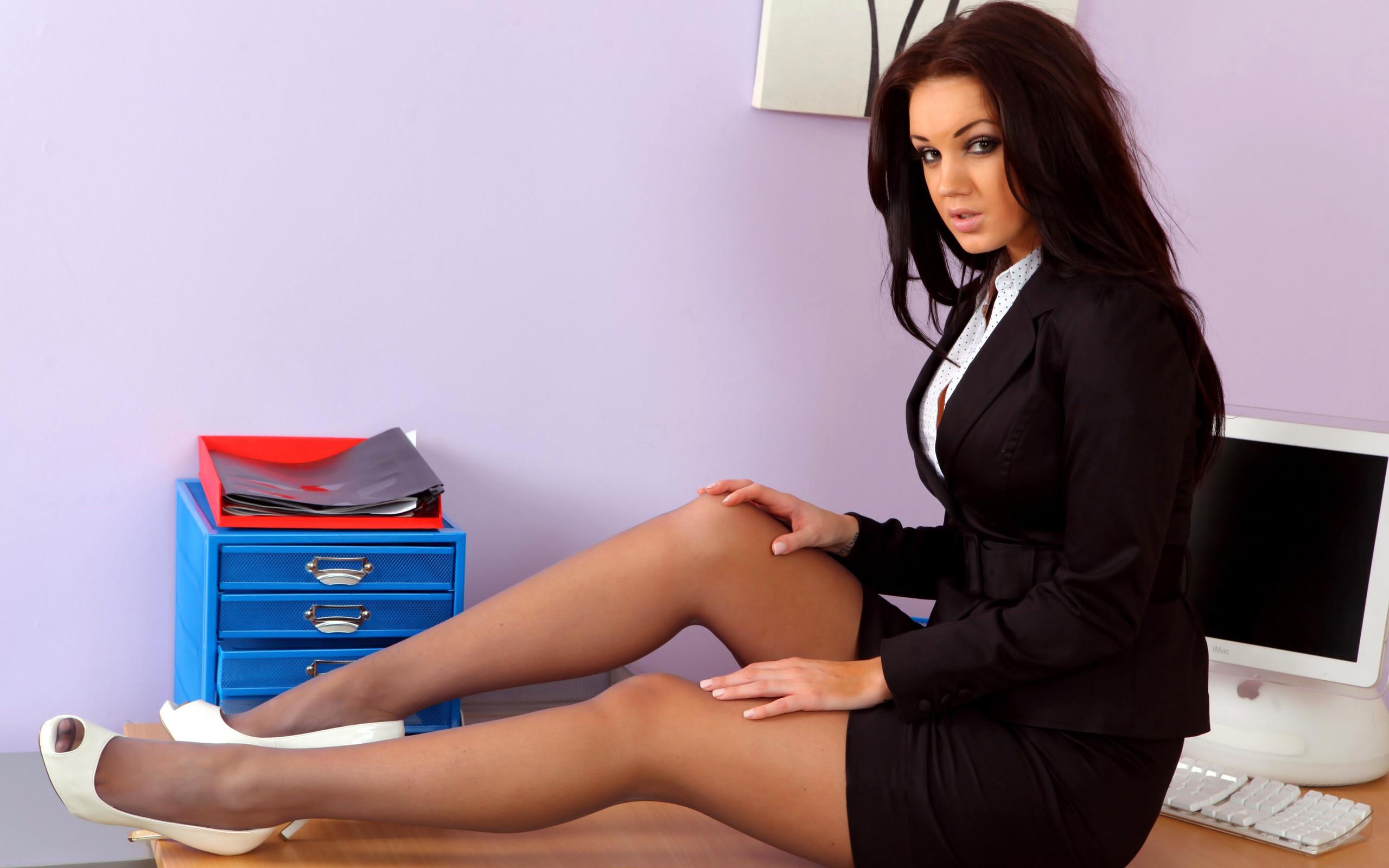 Трахал секретаршу на работе, Секс на работе - Самая жирная коллекция порно на 27 фотография