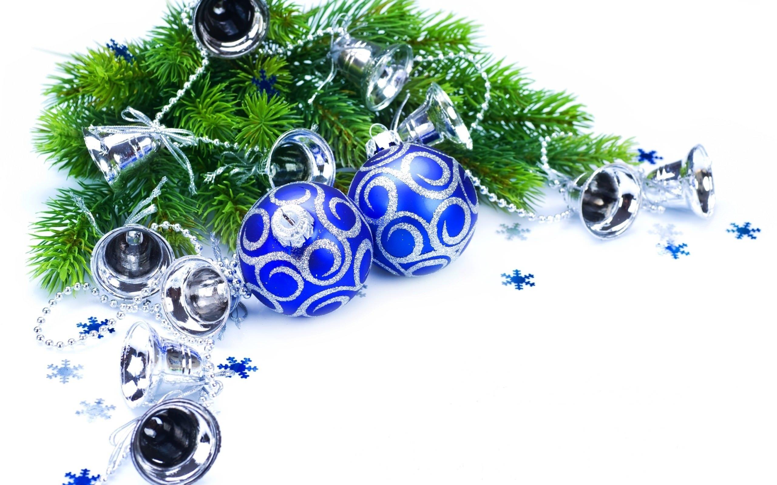 Открытки с новым годом с елкой и шариками, днем рождения племяннику