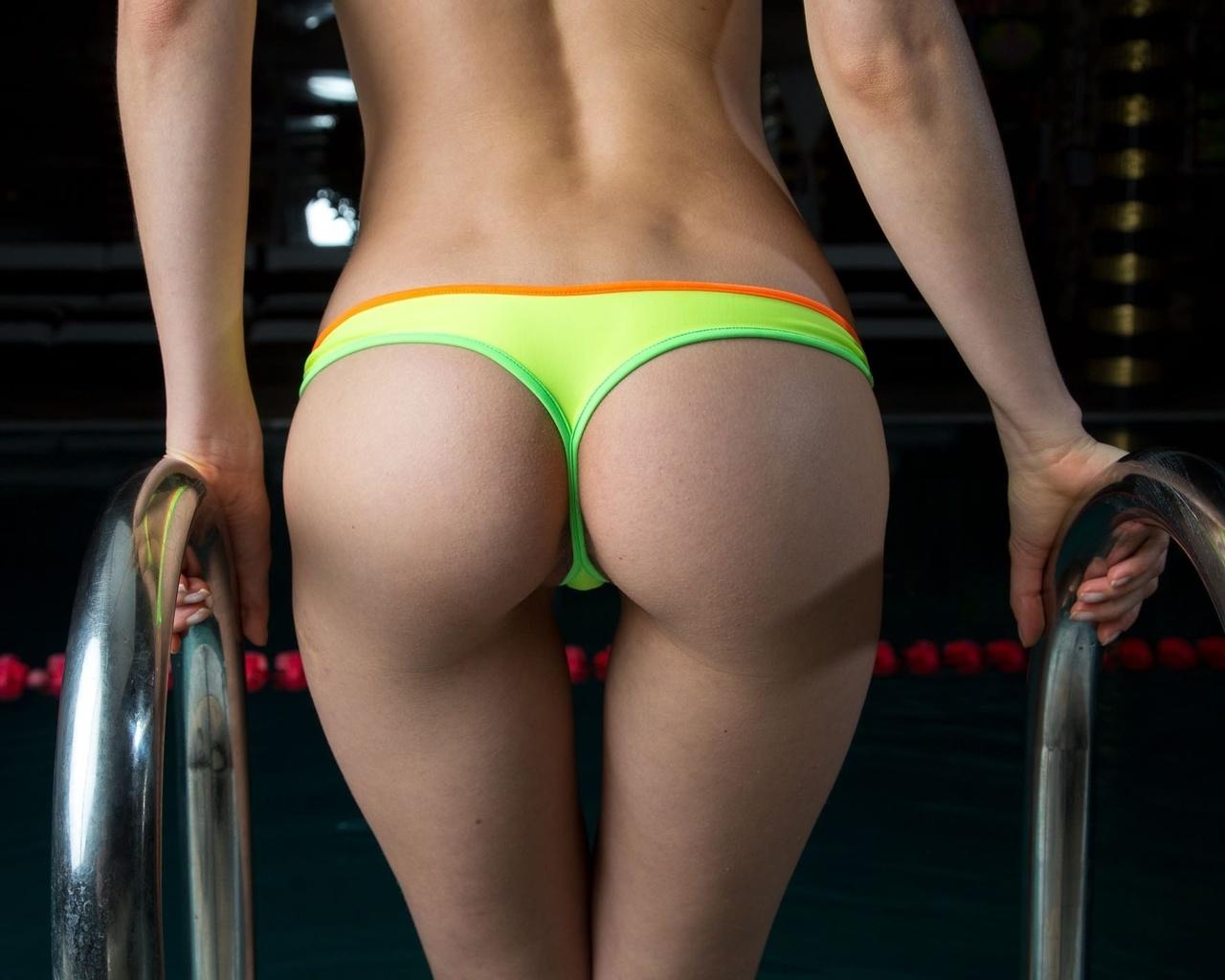 Фото стринги на попе, Шикарные попки девушек в стрингахсекси фото 22 фотография