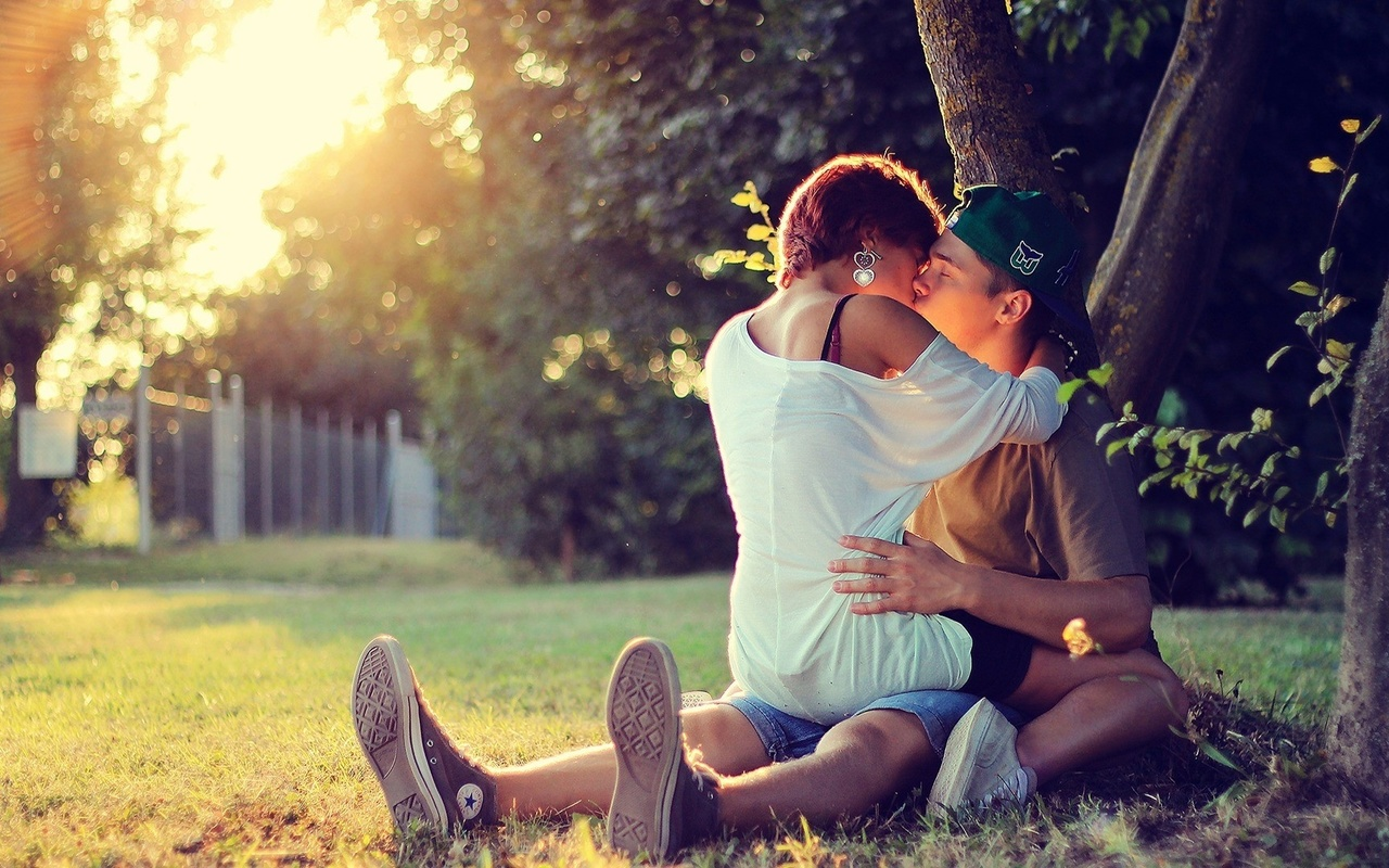 Поздравление, картинки красивые девушки и парень