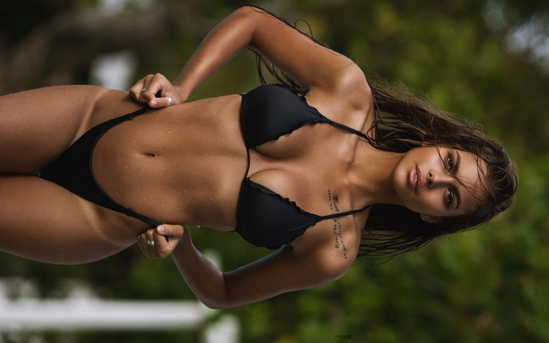 sportsmenki-v-bikini