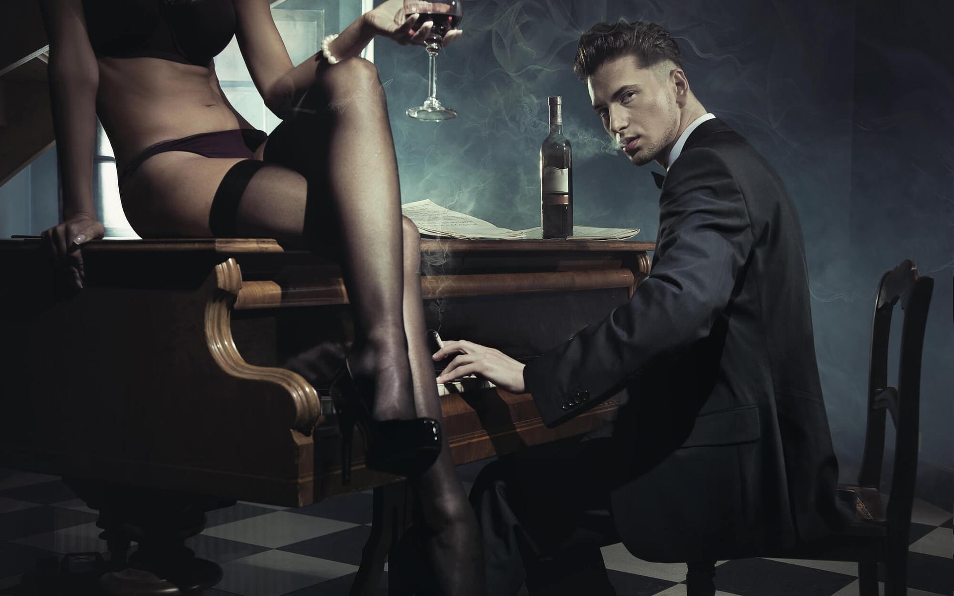 Эротическая фото порка девушек фалоиметатор видео порно
