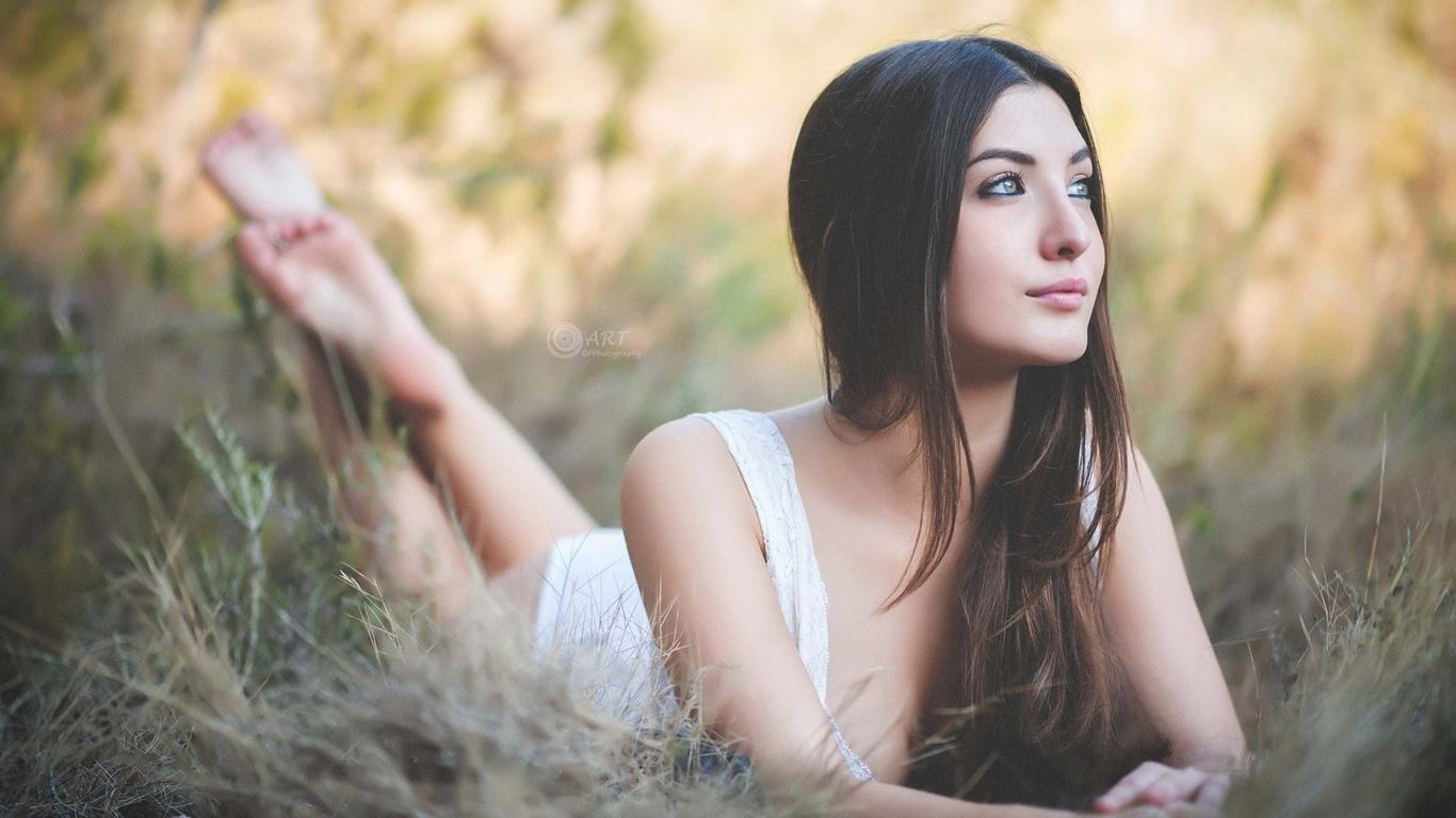милые девушки на природе фотосессия - 9