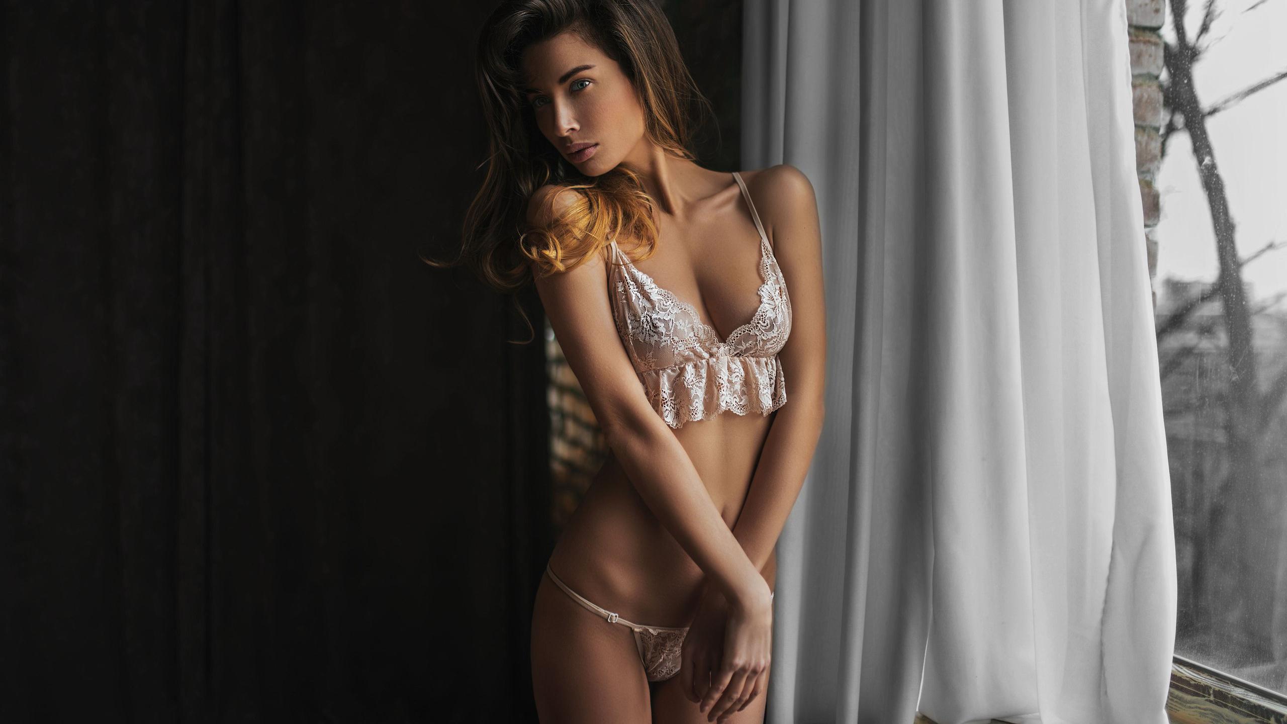 Про девушек в нижнем белье просвечиваем, Порно В красивом белье -видео. Смотреть порно 24 фотография