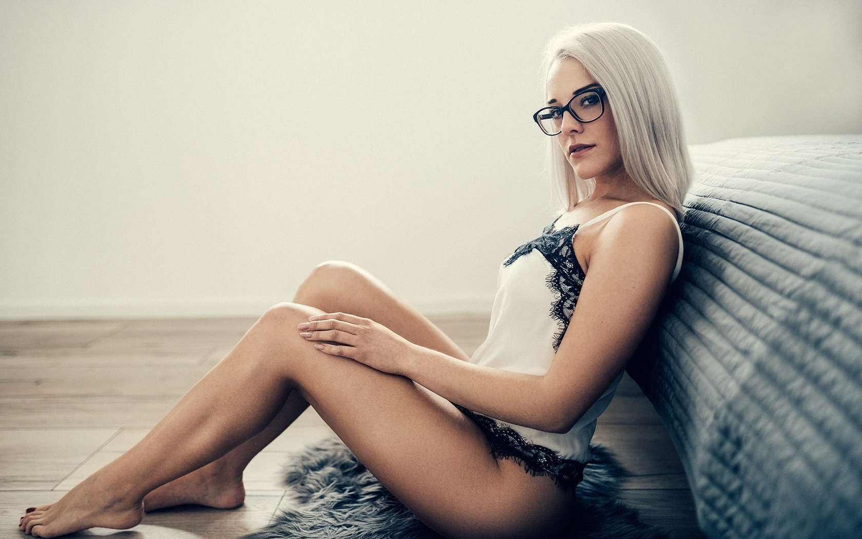 Hot blonde girl with glasses