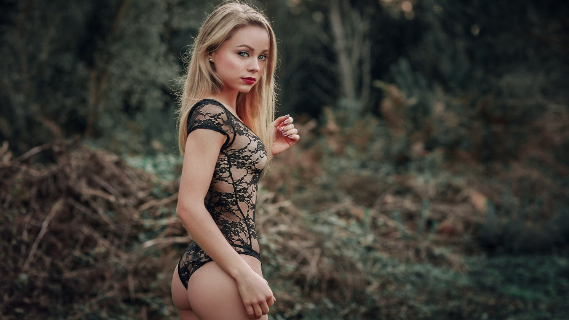foto-popki-blondinki-domashnie-foto-porno-anal