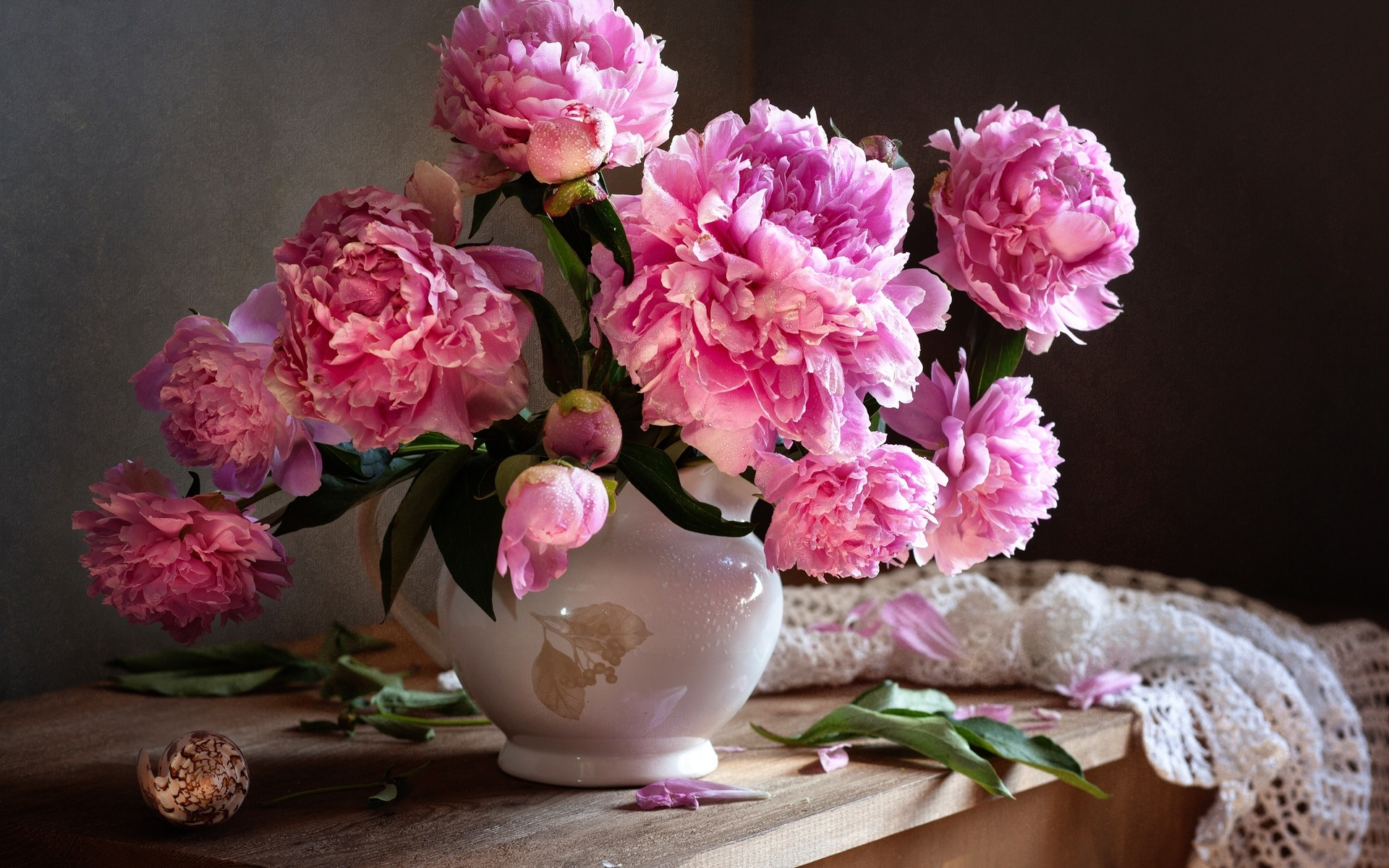 потребуется красивые фото пионов в вазе альфа-самцов