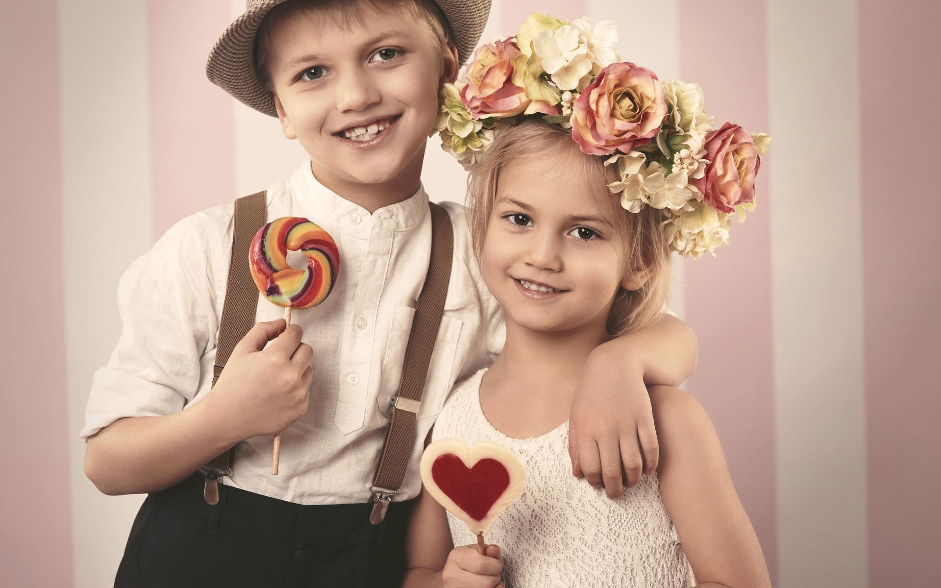 Луна картинки, картинки дети с конфетами