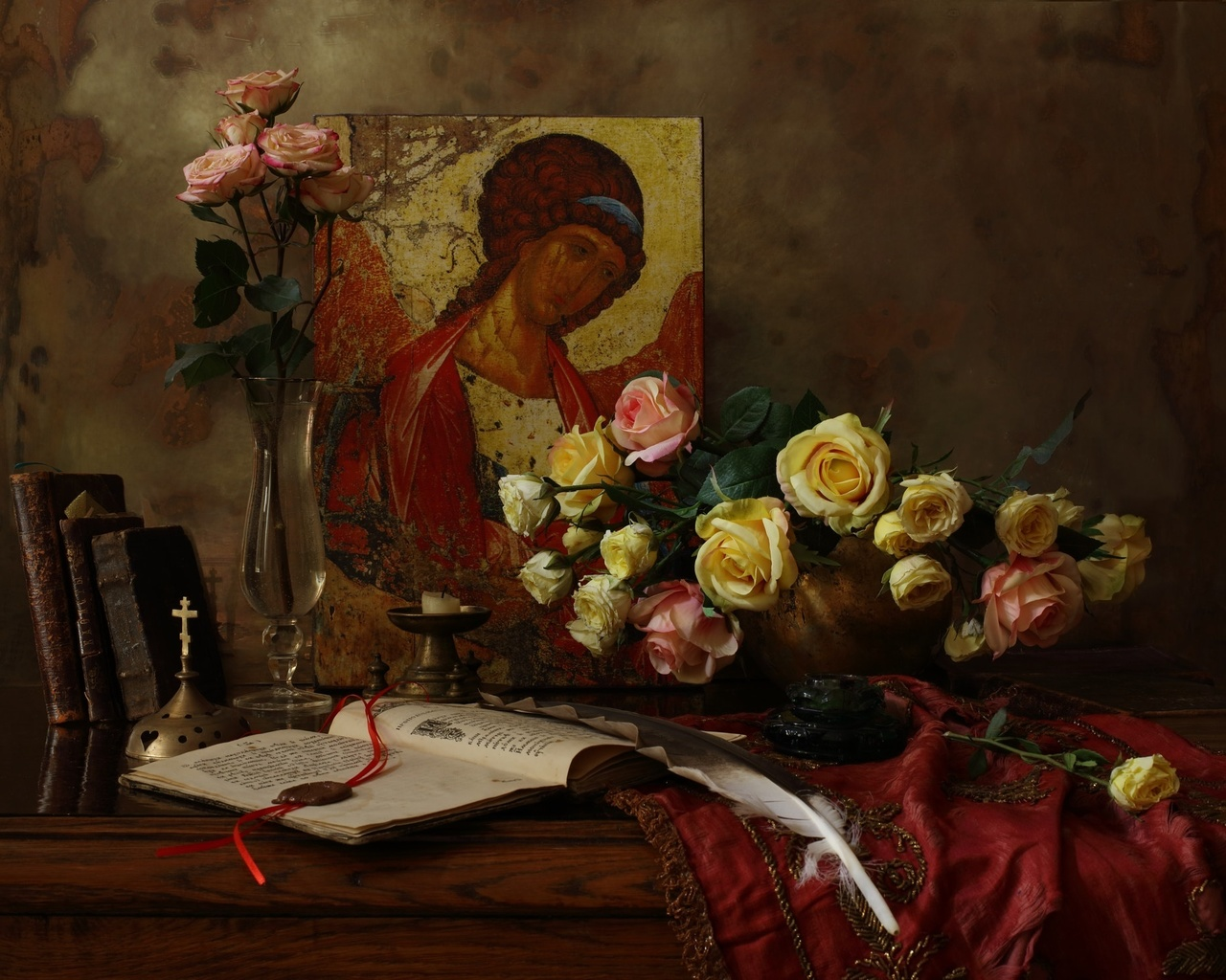книги, перо, икона, ваза, цветы, розы, свеча, andrey morozov, андрей морозов