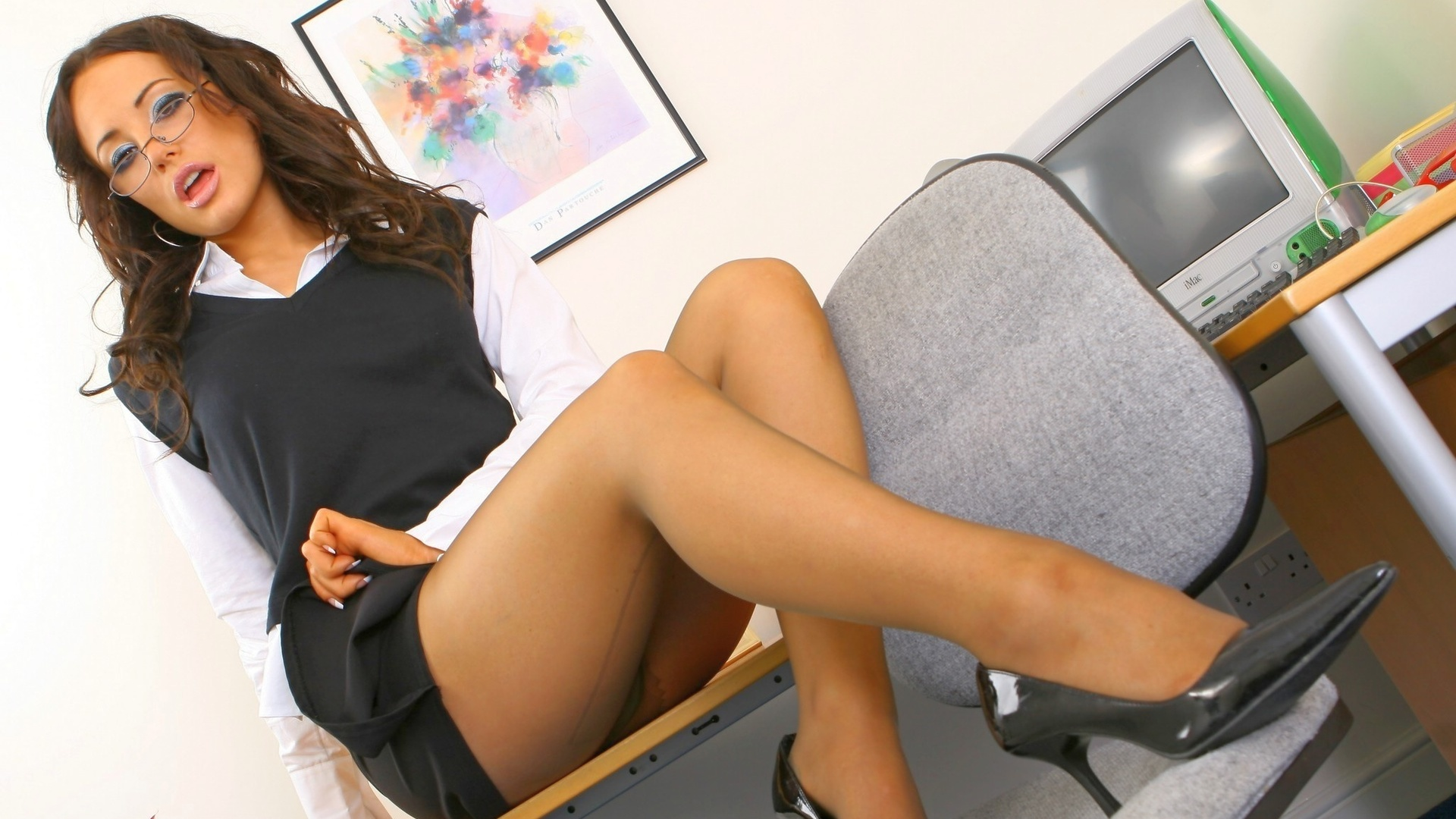 hot-office-girls-seduction-video-masturbation-instruction-encouragement