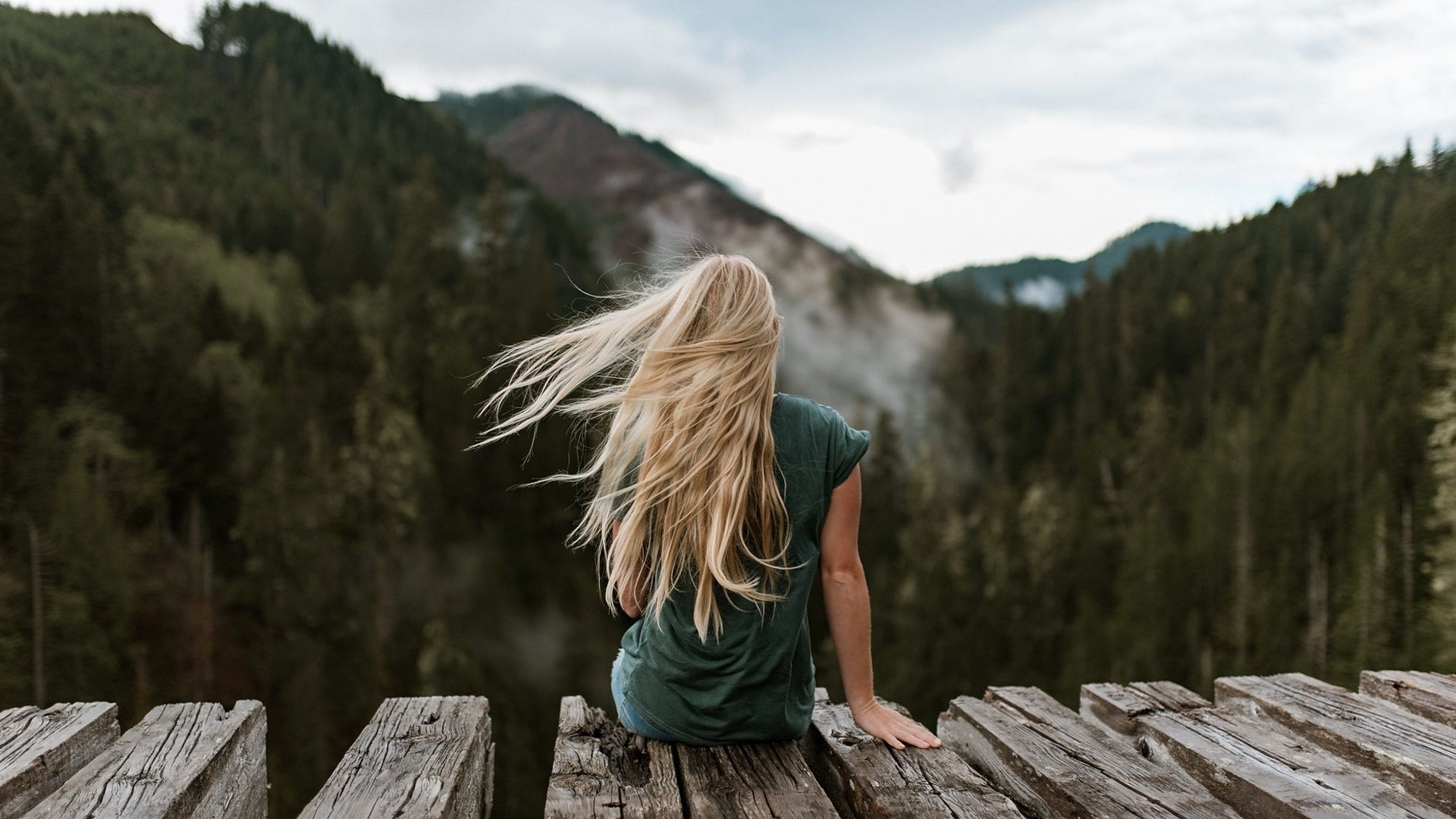 Картинки фото блондинки со спины, названиям али