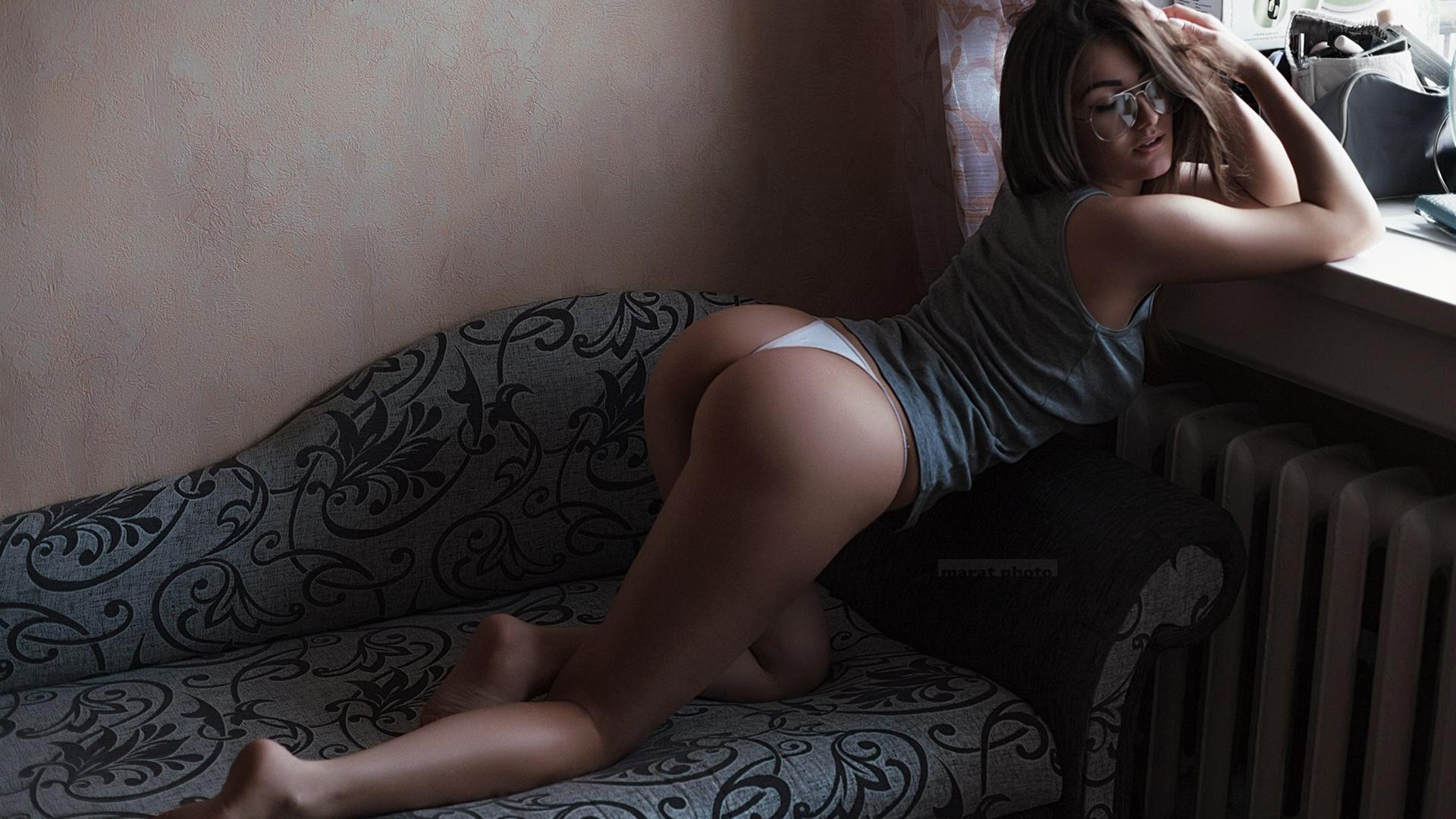 фото сексуальных женщин дома забыли