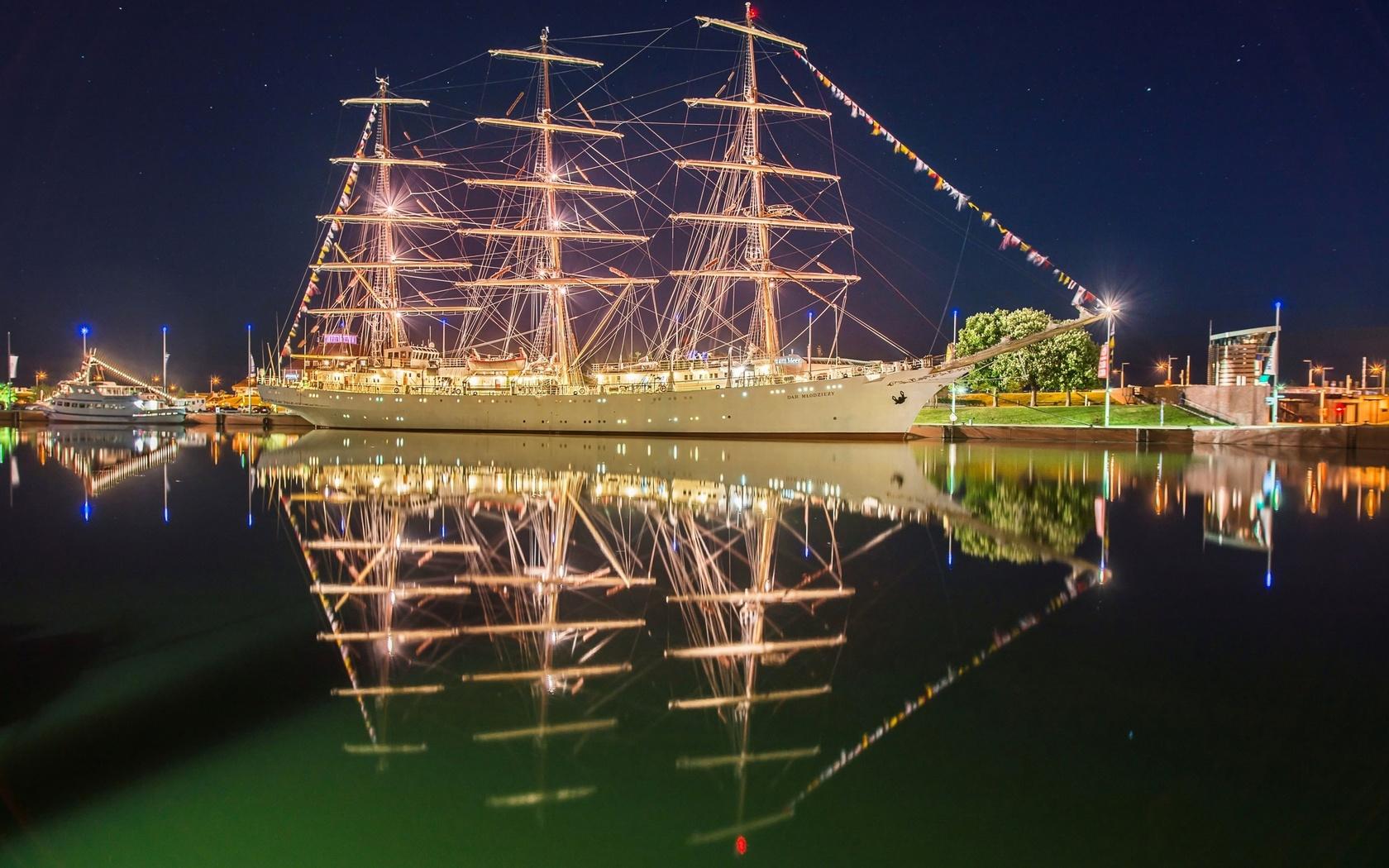 парусный, корабль, дар молодежи, порт, вечер, подсветка, огни, иллюминация