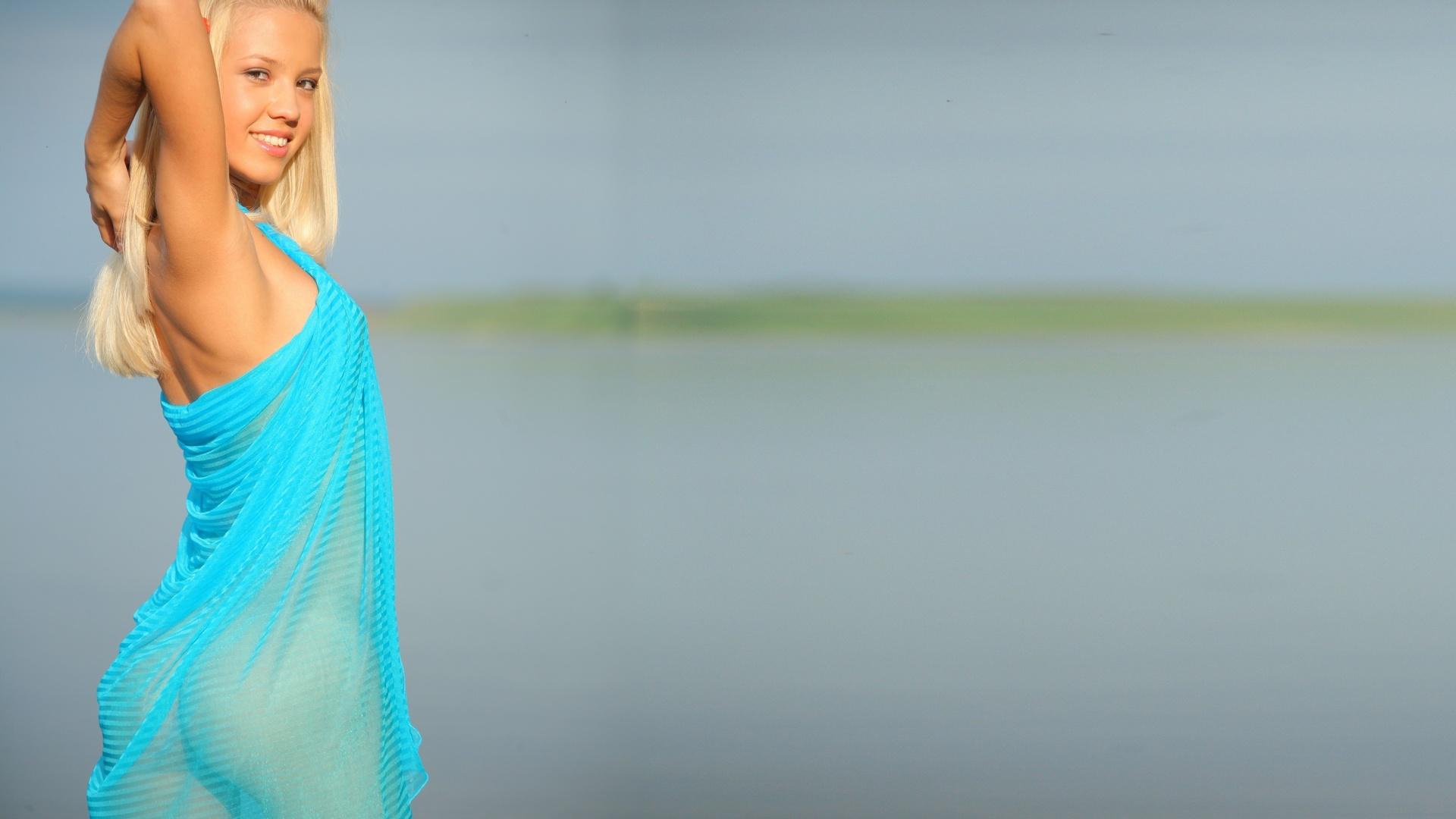 блондинки в сарафанах частное как любит слизывать