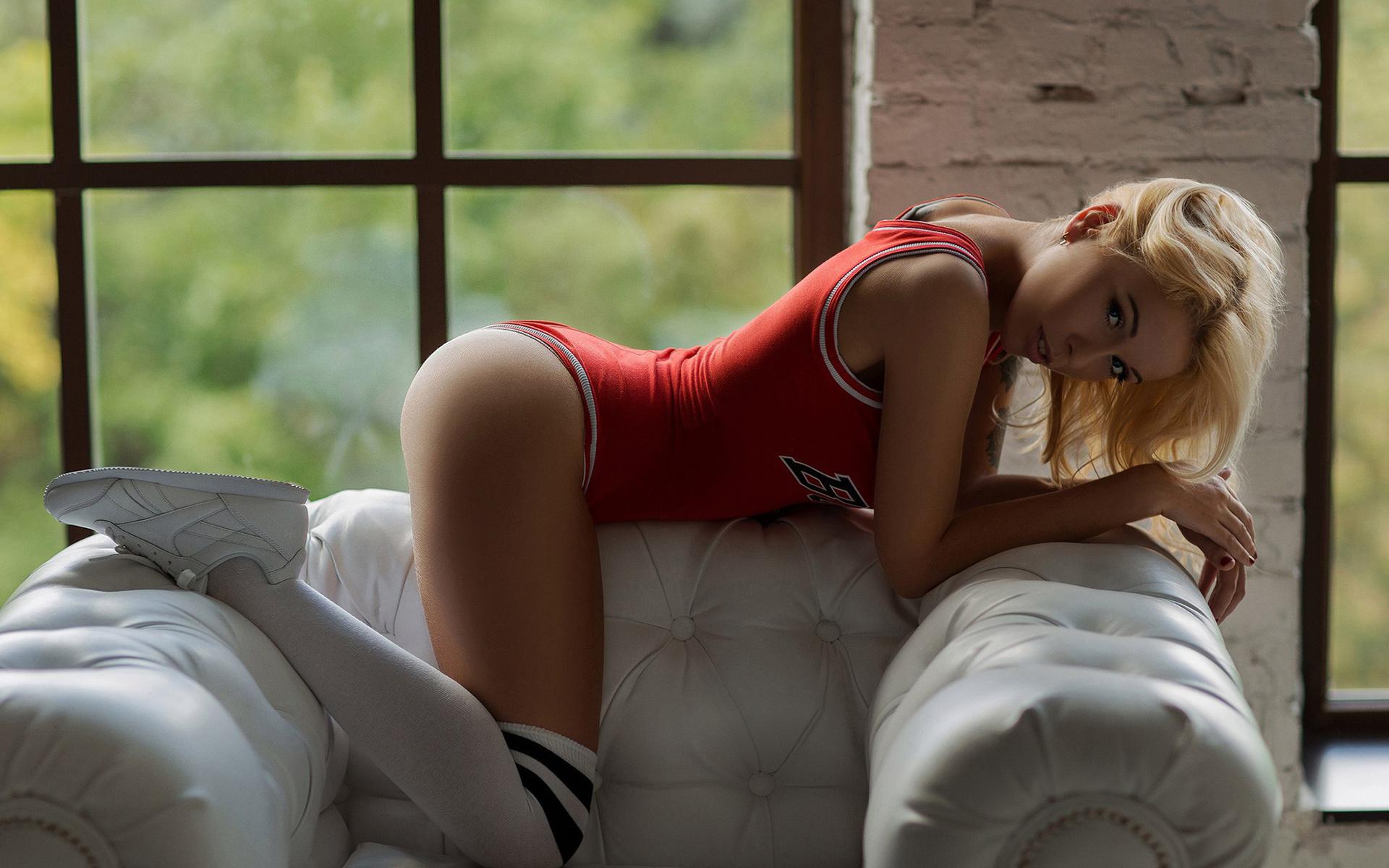 сочная молодая девушка секс