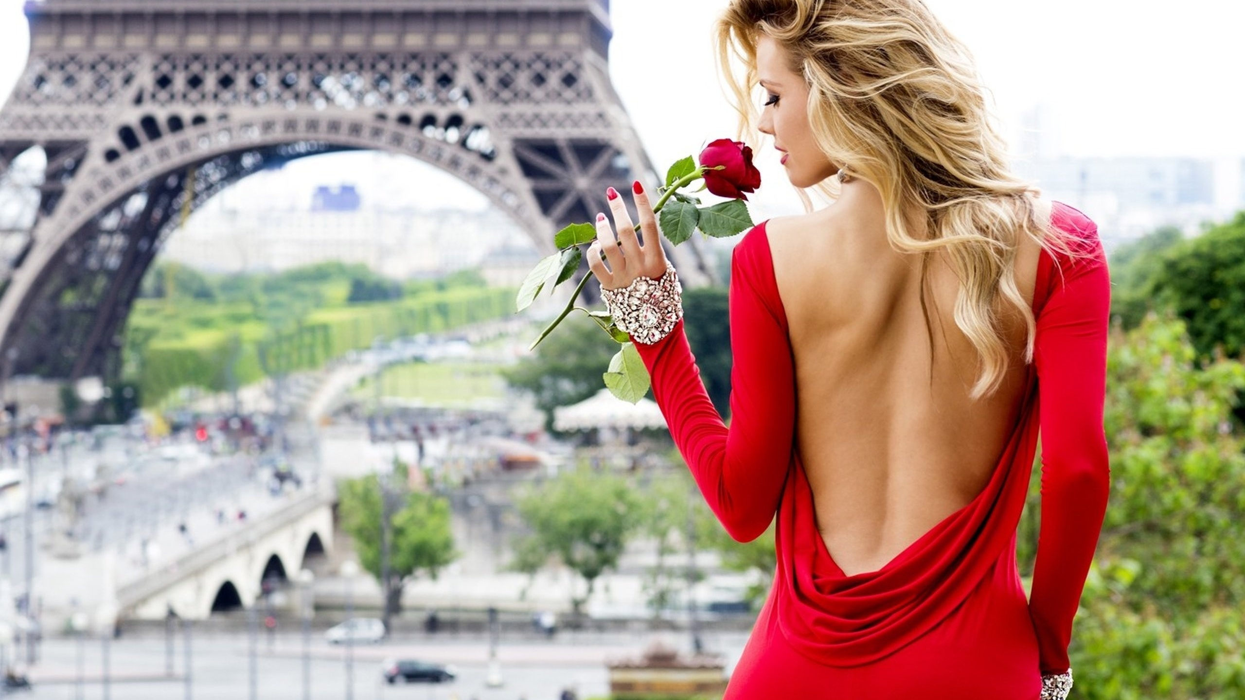 Днем рождения, самые красивые картинки с девушками в париже