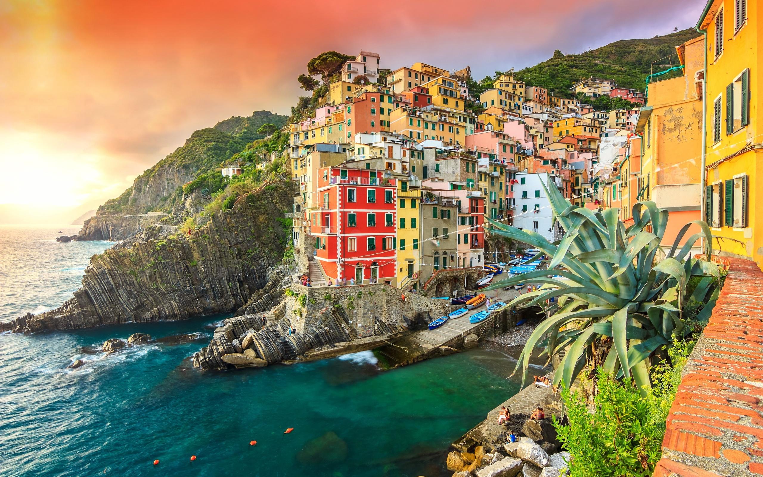 италия, дома, бухта, лодки, побережье, риомаджоре, небо, закат, Чинкве-терре, море, скалы, побережье, riomaggiore, лигурия, liguria