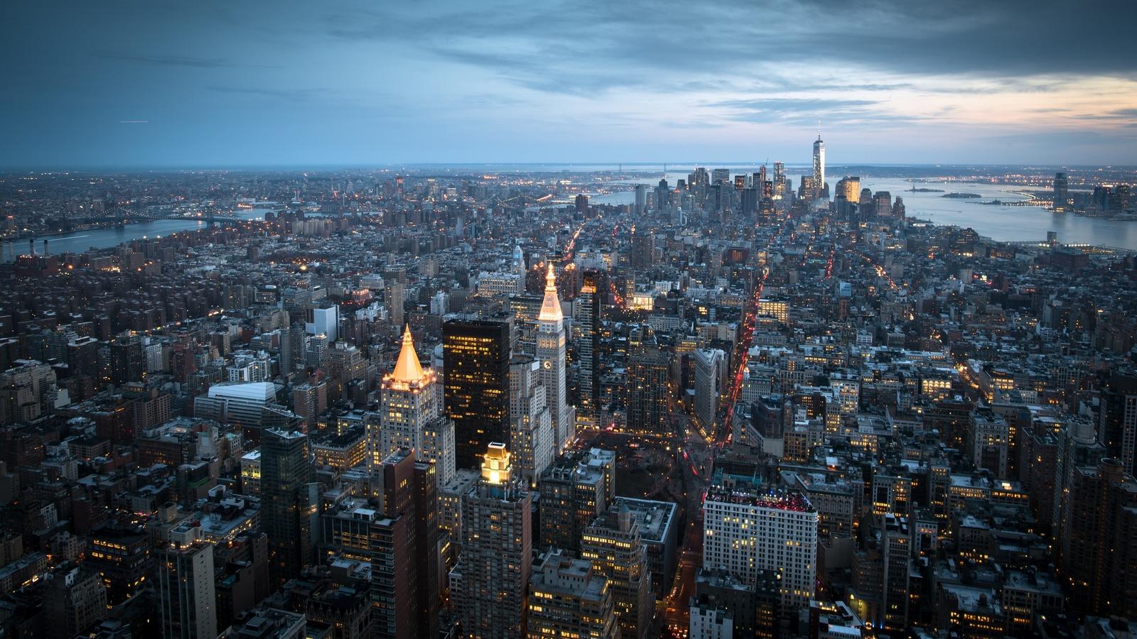 manhattan, new york, city, город, вечер, небоскрёбы, огни