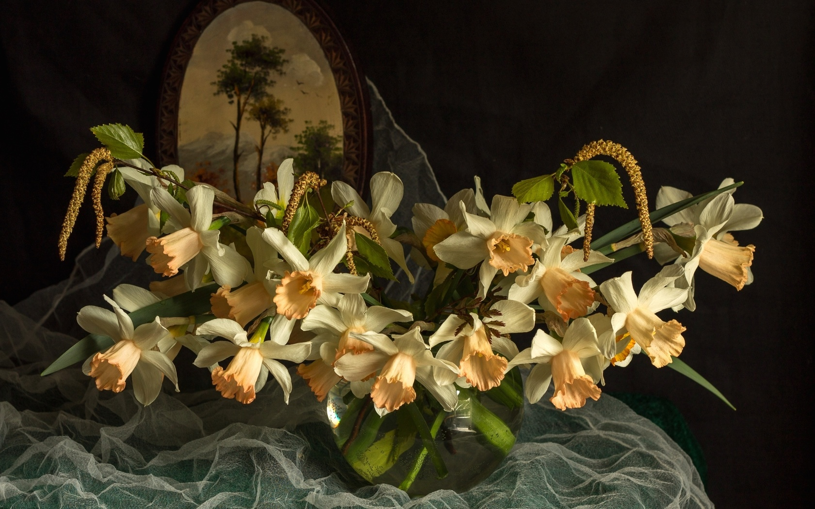 ткань, ваза, цветы, нарциссы, картина, ветки, берёза, серёжки