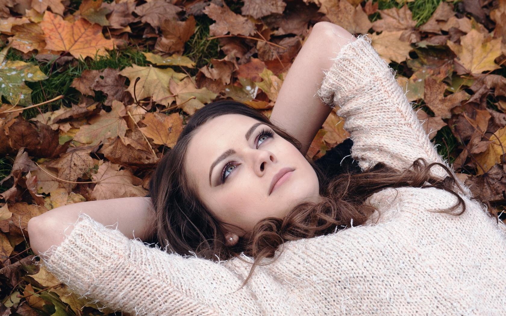 девушка, листья, задумчивость, осень