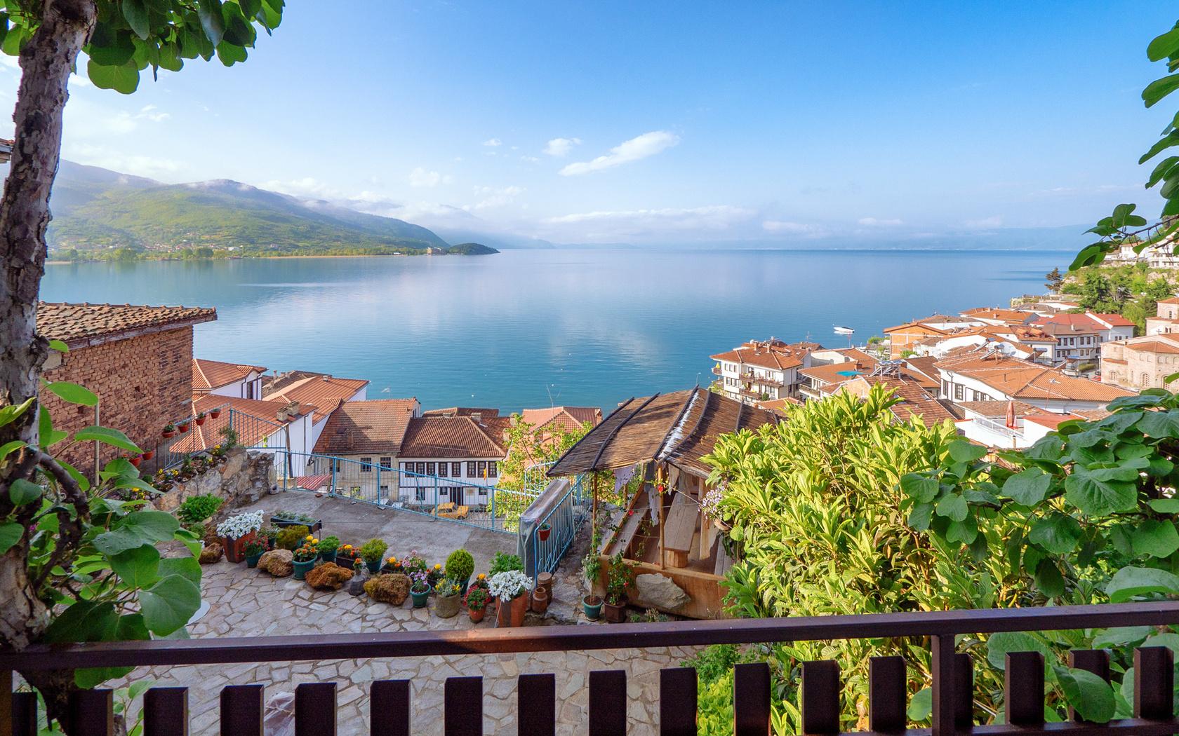 природа, пейзаж, македония, озеро, ohrid, охрид, побережье, дома, холмы, растительность