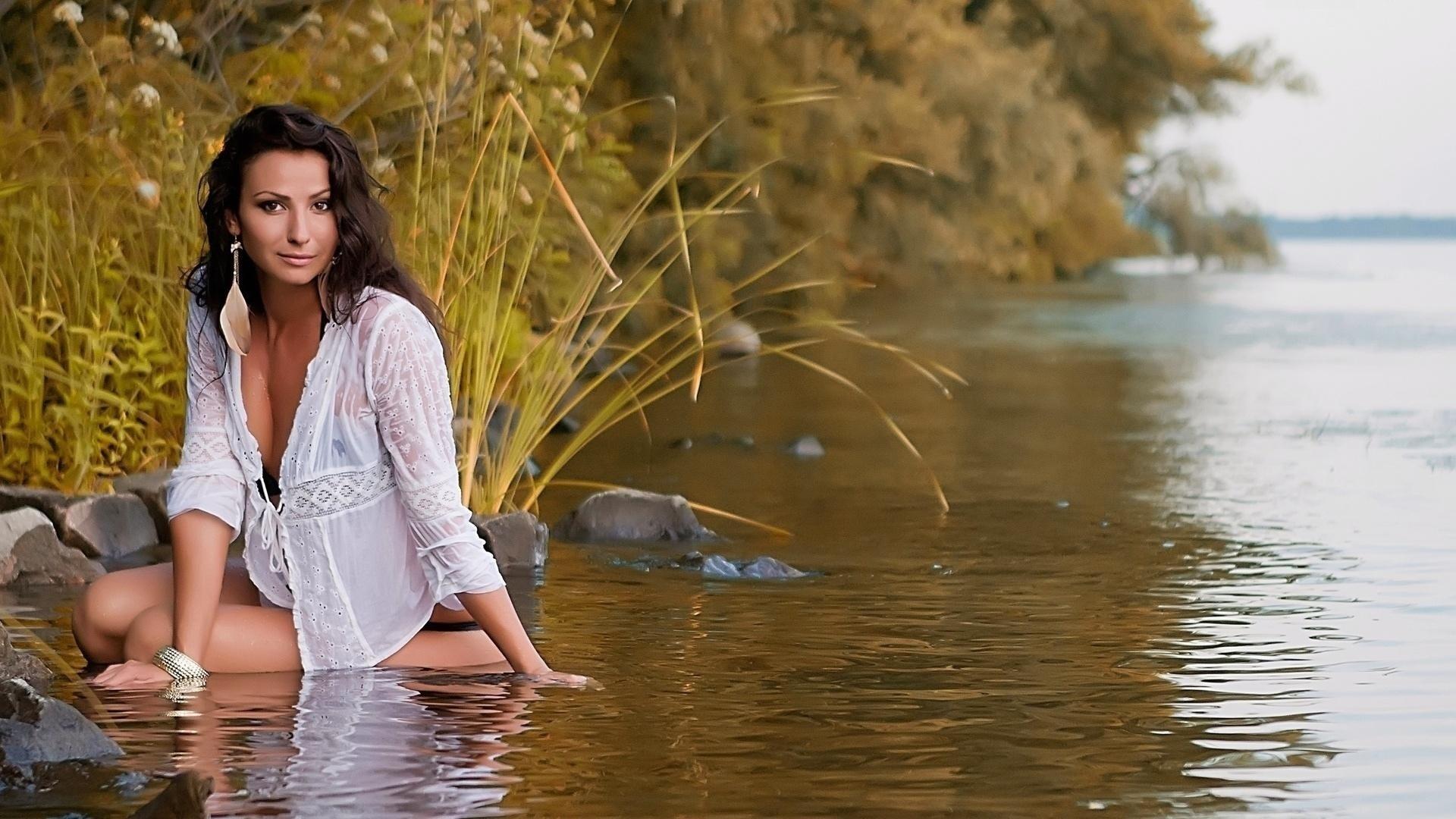 Секс девушки озеро, Русские семьи голые на озере -видео. Смотреть 1 фотография
