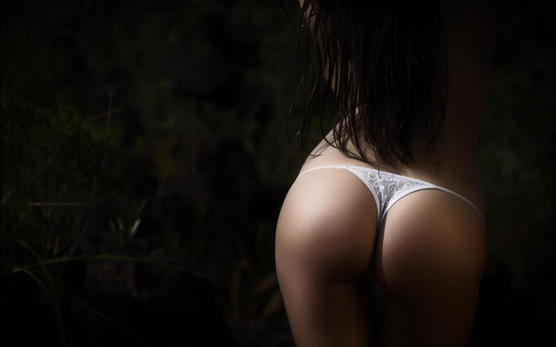 Фото телок черных стрингах, ленина пресли порно