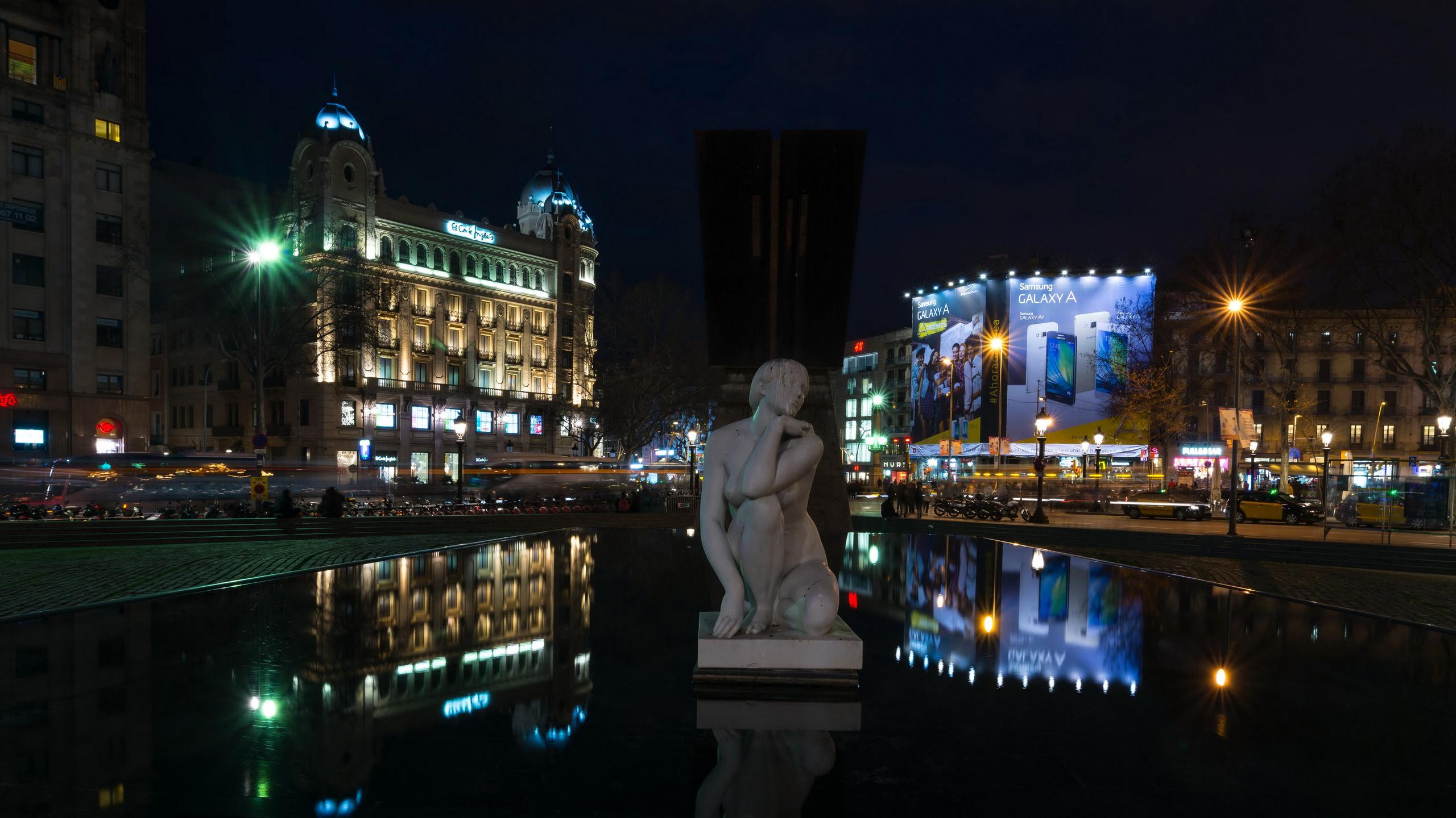 испания, дома, скульптура, барселона, фонари, ночь город